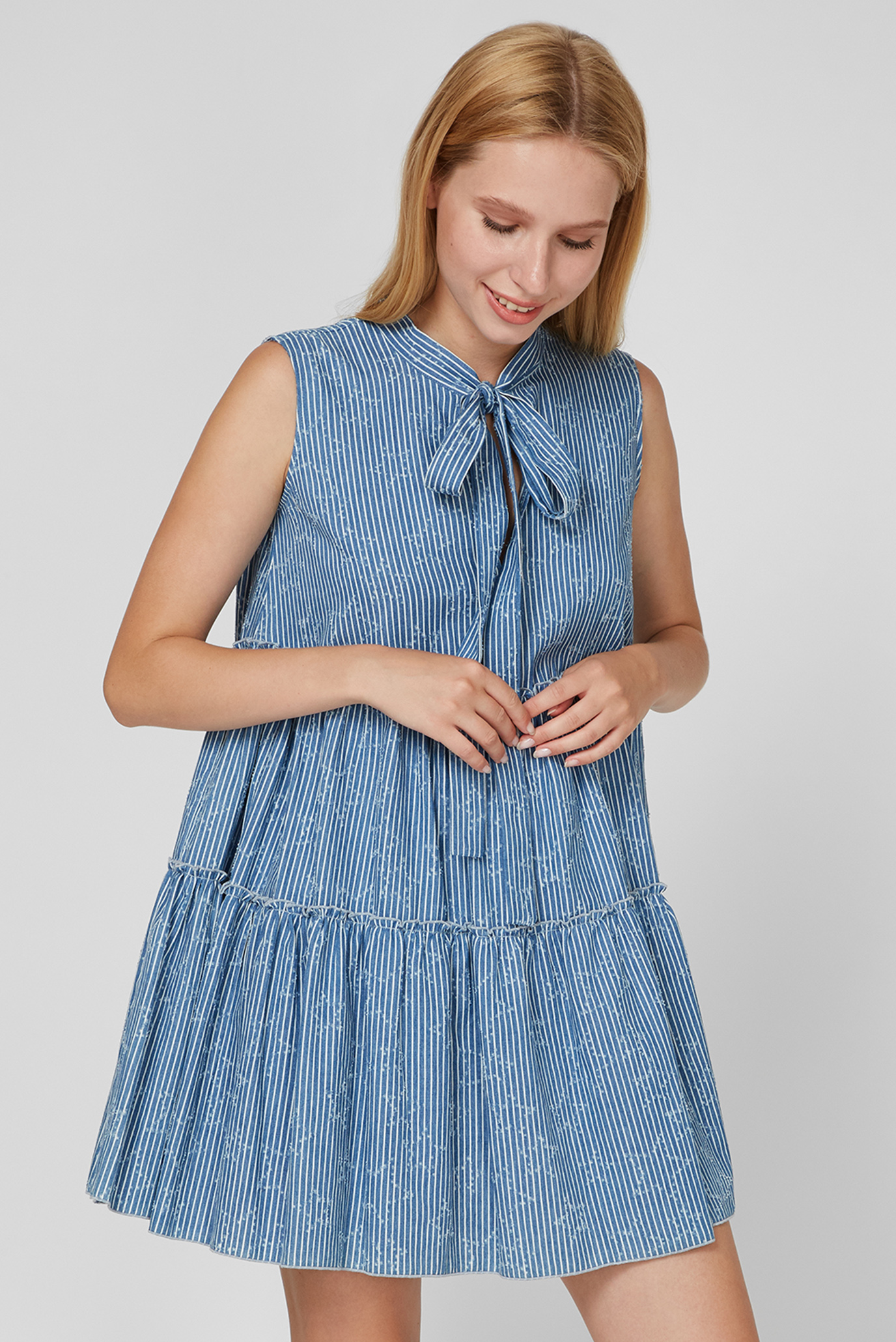 Женское синее платье в полоску 1