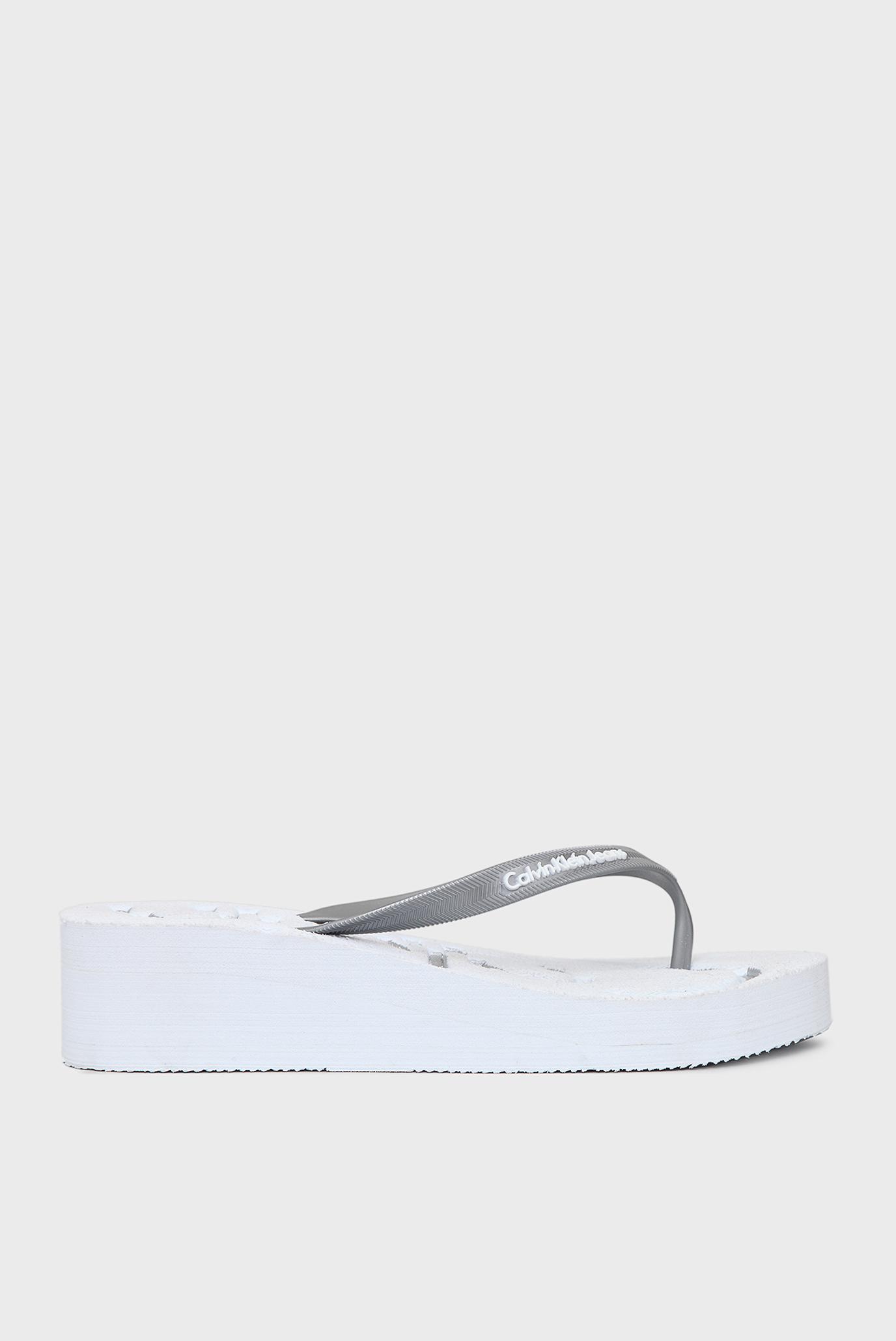 Купить Женские белые вьетнамки на платформе Calvin Klein Calvin Klein R4117 – Киев, Украина. Цены в интернет магазине MD Fashion
