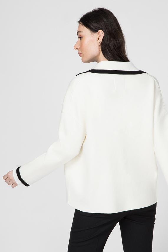 Женский белый блейзер