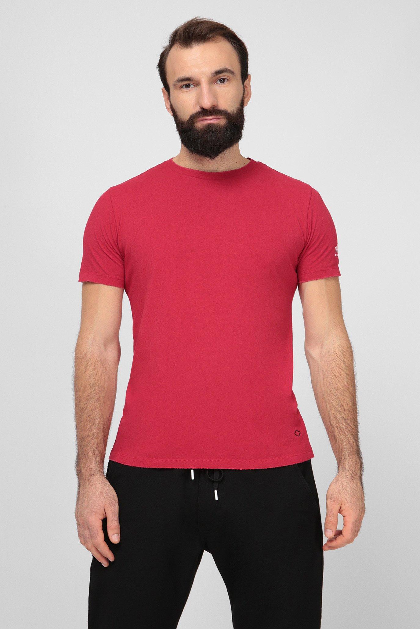 Чоловіча червона футболка 1