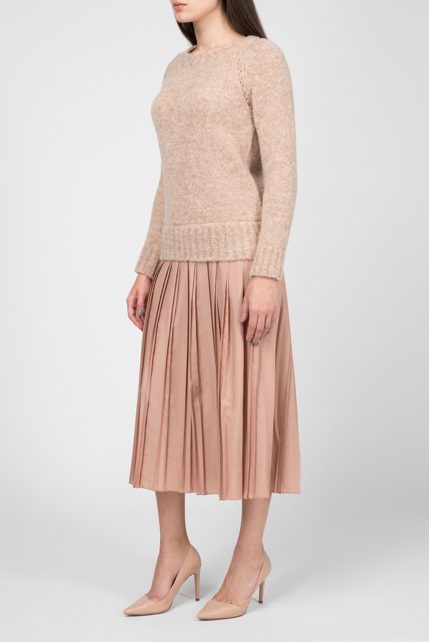 Женское бежевое платье с плиссировкой