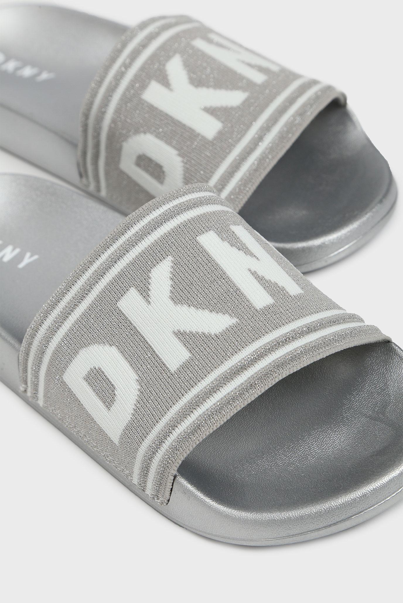 Купить Женские серые слайдеры ZORA DKNY DKNY K1919606 – Киев, Украина. Цены в интернет магазине MD Fashion
