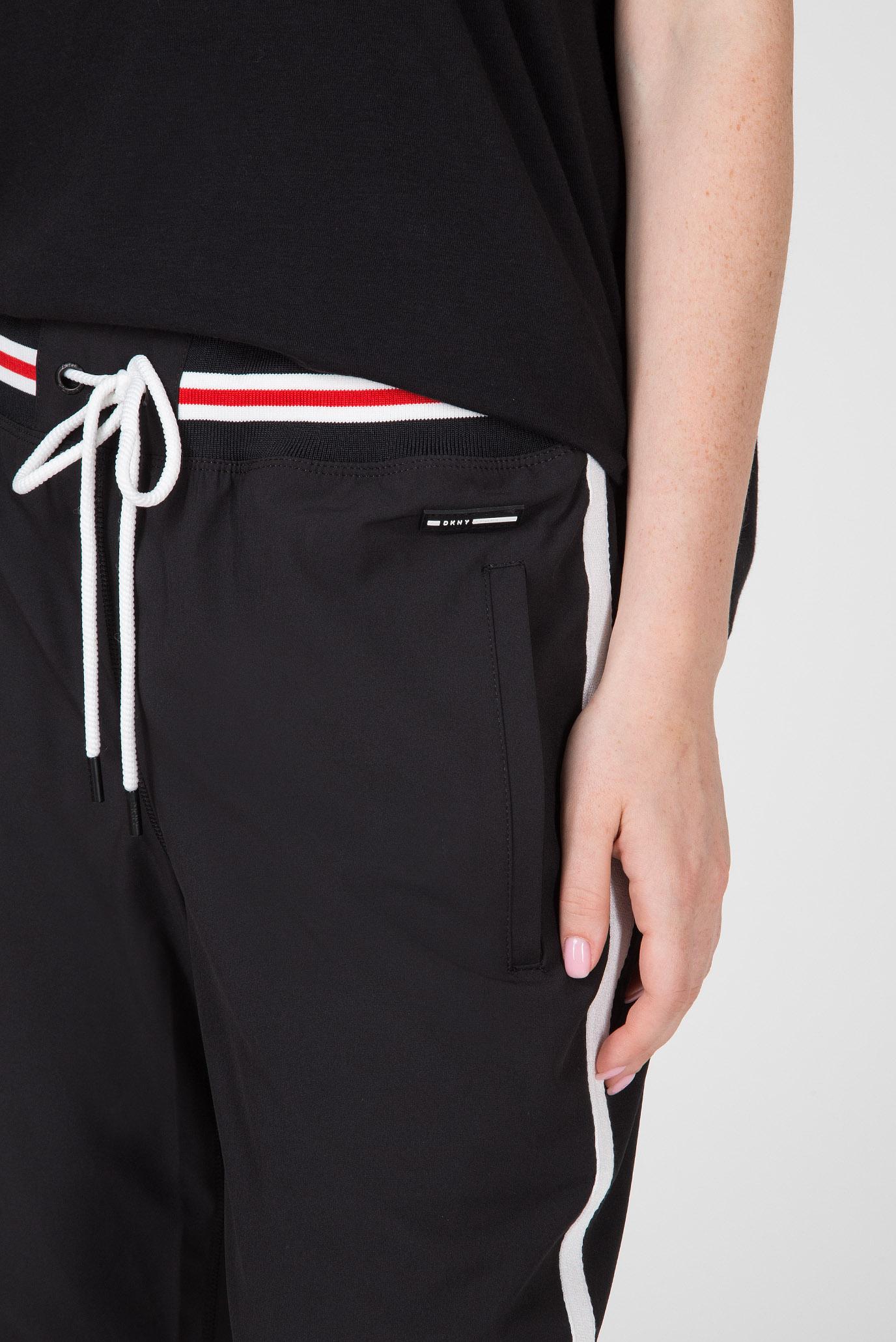Женские черные спортивные брюки CROP JOGGER DKNY