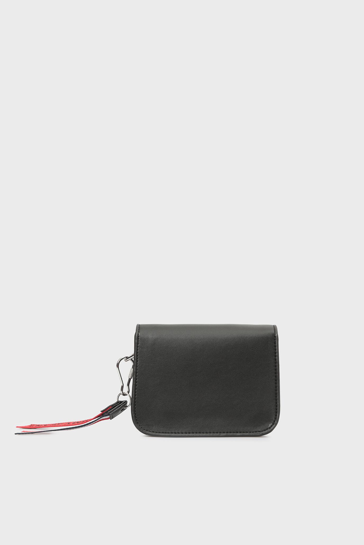 Купить Женская черная сумка через плечо FEM BOXY CROSSOVER Tommy Hilfiger Tommy Hilfiger AW0AW06034 – Киев, Украина. Цены в интернет магазине MD Fashion