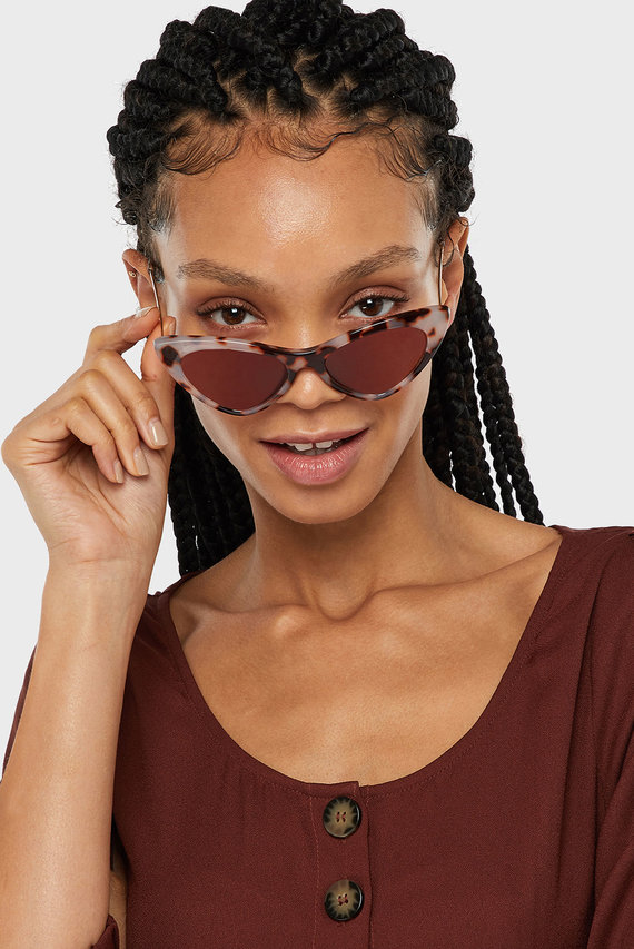 Женские бежевые солнцезащитные очки CHARLOTTE CATEYE