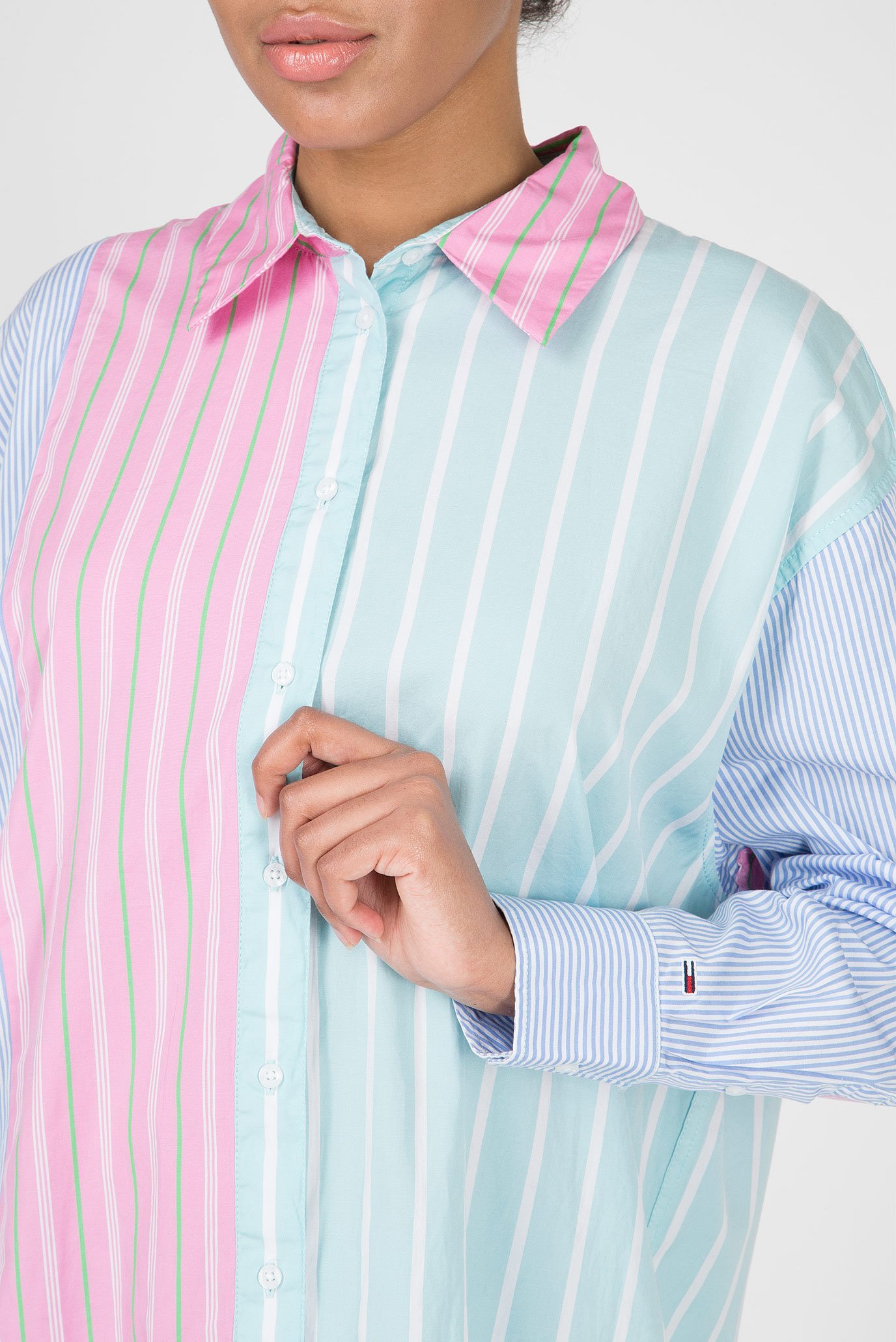 Купить Женская рубашка в полоску TJW MULTICOLOR STRIPE Tommy Hilfiger Tommy Hilfiger DW0DW06119 – Киев, Украина. Цены в интернет магазине MD Fashion