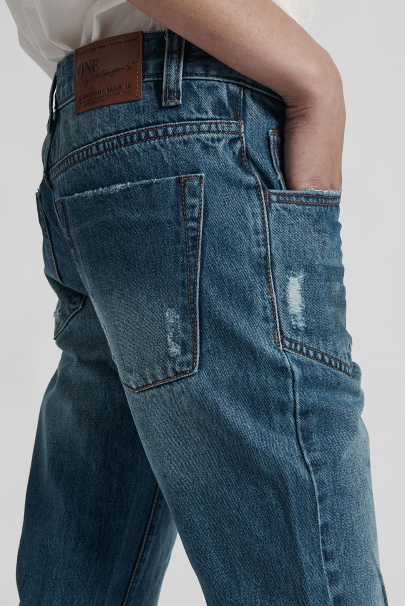 Купить Женские голубые джинсы  LUCKY BLUE AWESOME BAGGIES One Teaspoon One Teaspoon 19437D-ONE – Киев, Украина. Цены в интернет магазине MD Fashion