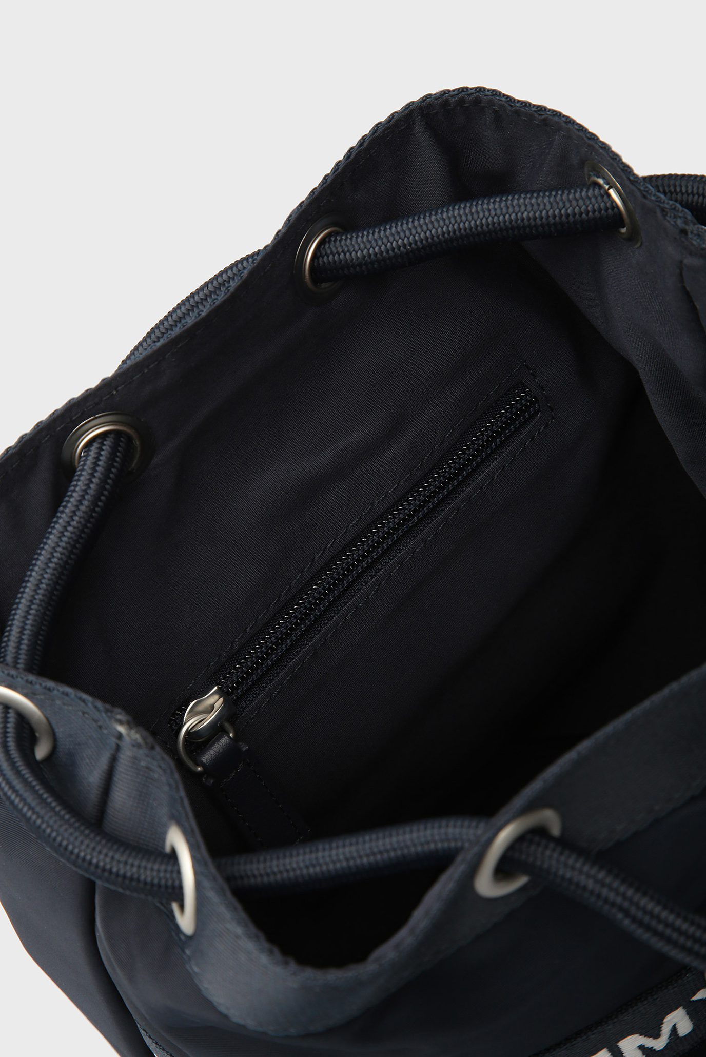 Купить Синий рюкзак TJ HERITAGE MINI Tommy Hilfiger Tommy Hilfiger AU0AU00251 – Киев, Украина. Цены в интернет магазине MD Fashion