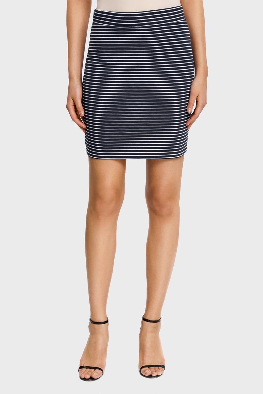 Женская темно-синяя юбка в полоску