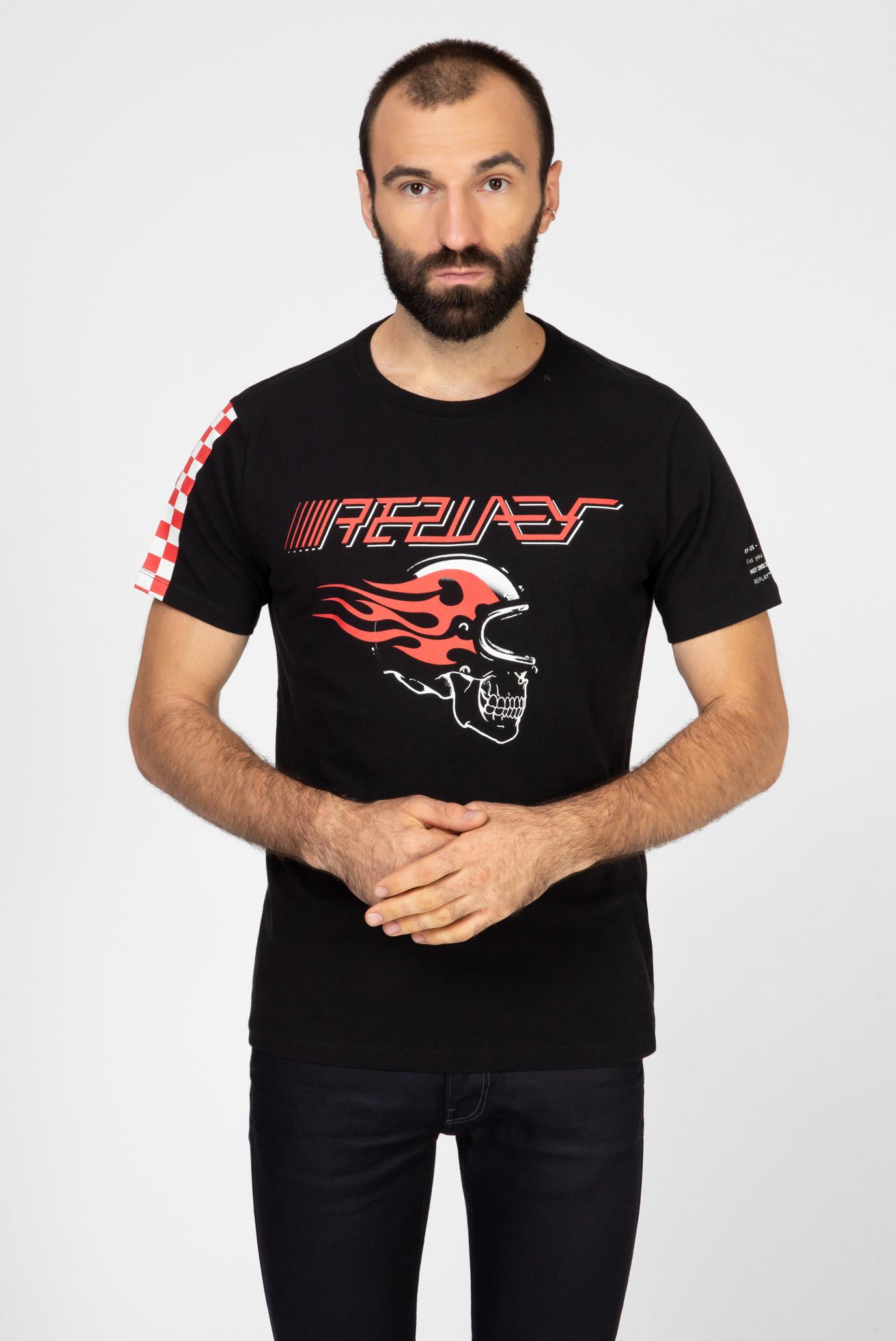 Чоловіча чорна футболка з принтом 1