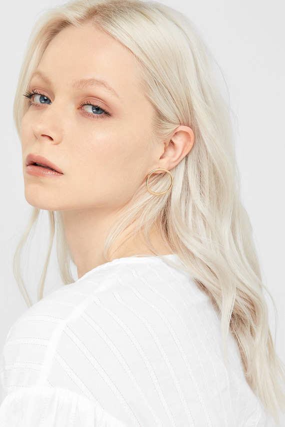 Женские золотистые серьги SIMPLE ON EAR HOOP