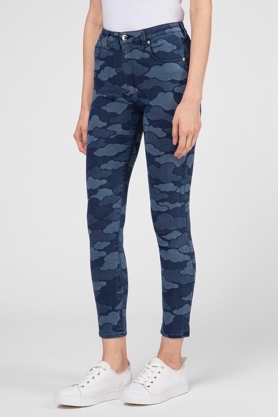 Женские синие джинсы с принтом