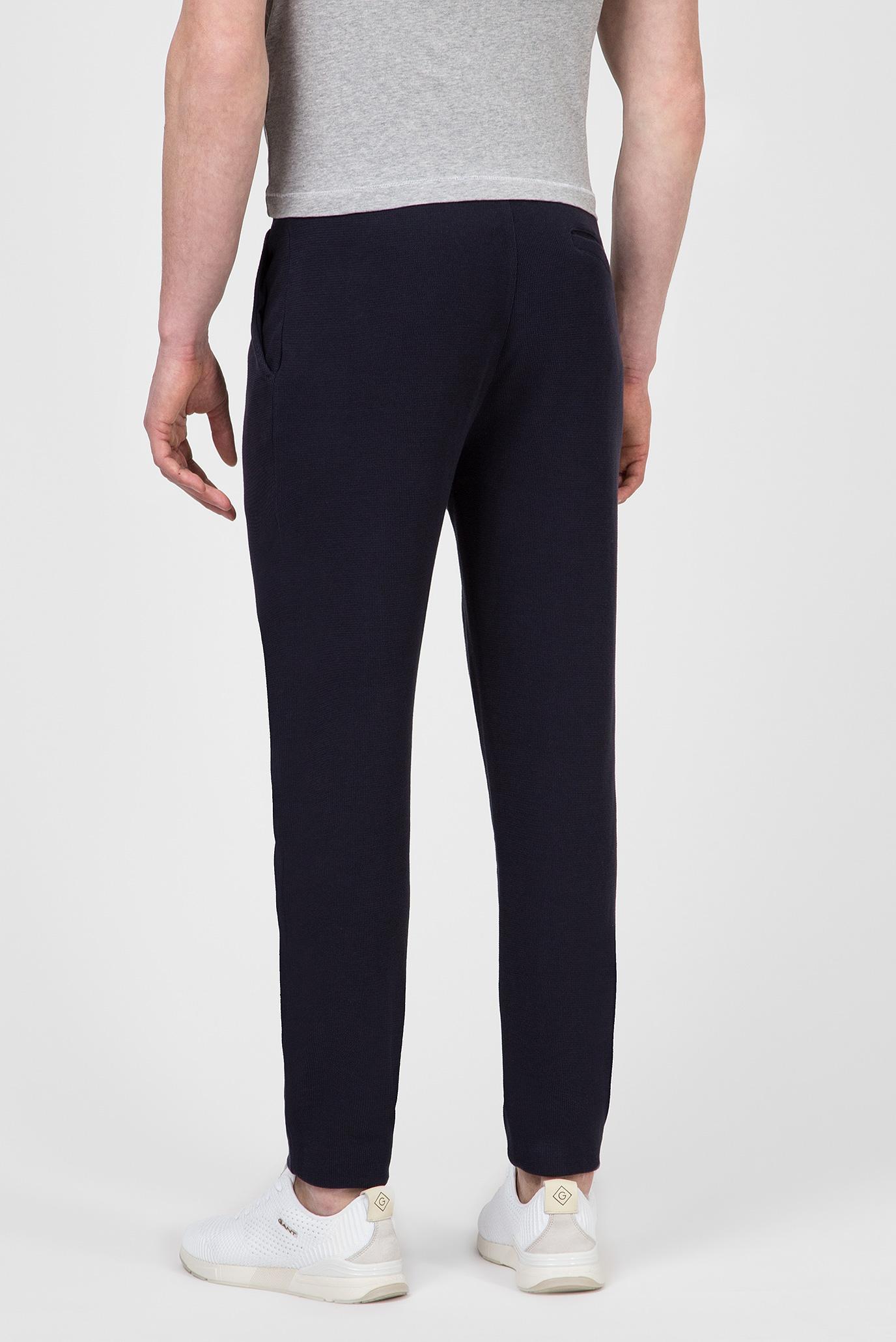 Купить Мужские темно-синие спортивные брюки WAFFLE STRUCTURED PANTS Gant Gant 2049057 – Киев, Украина. Цены в интернет магазине MD Fashion