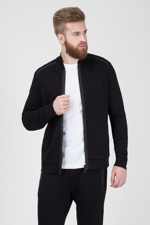 Мужская черная кофта