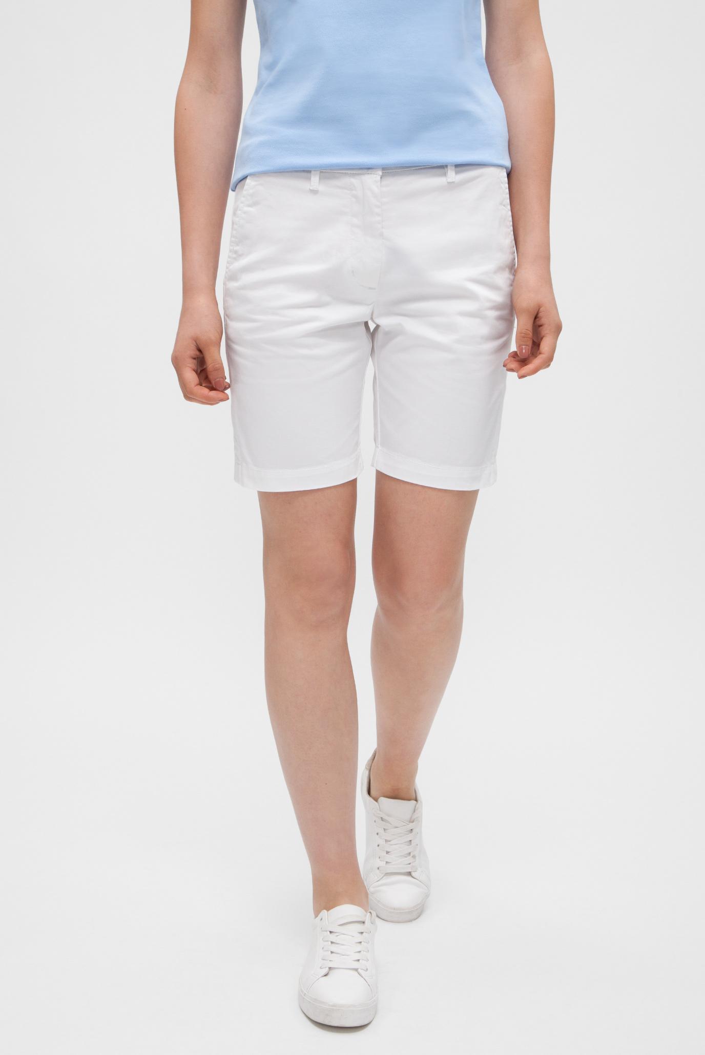 3f6387cdbca4 Купить Женские белые шорты Gant Gant 4020000 – Киев, Украина. Цены в ...