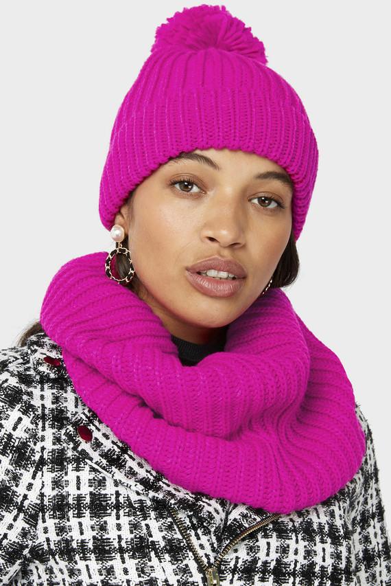 Женская розовая шапка OPP POM BEANIE