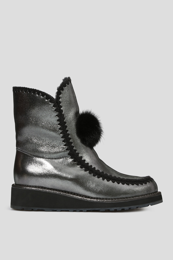 Женские серебристые кожаные ботинки с мехом