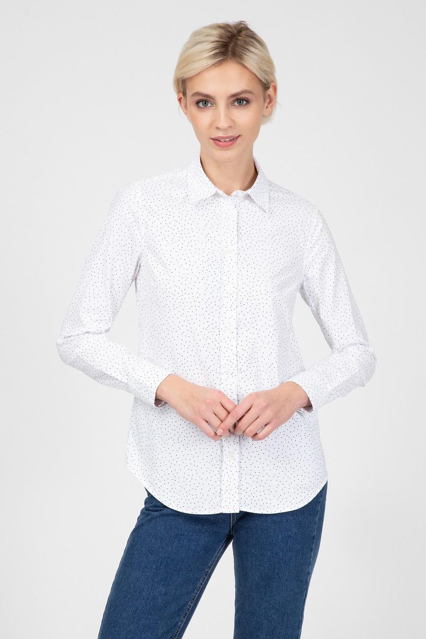 Женская белая рубашка в горошек