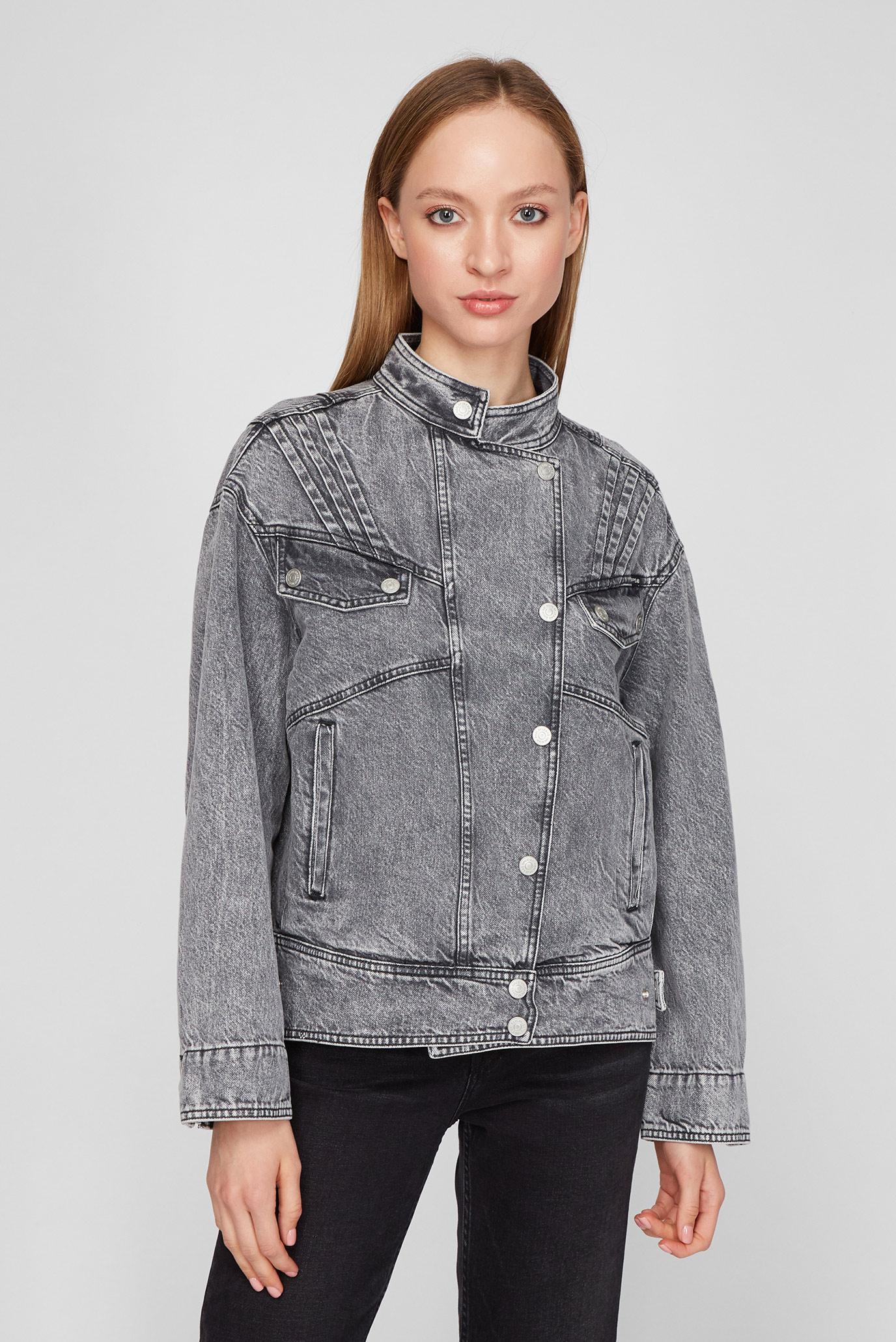 Женская серая джинсовая куртка 1