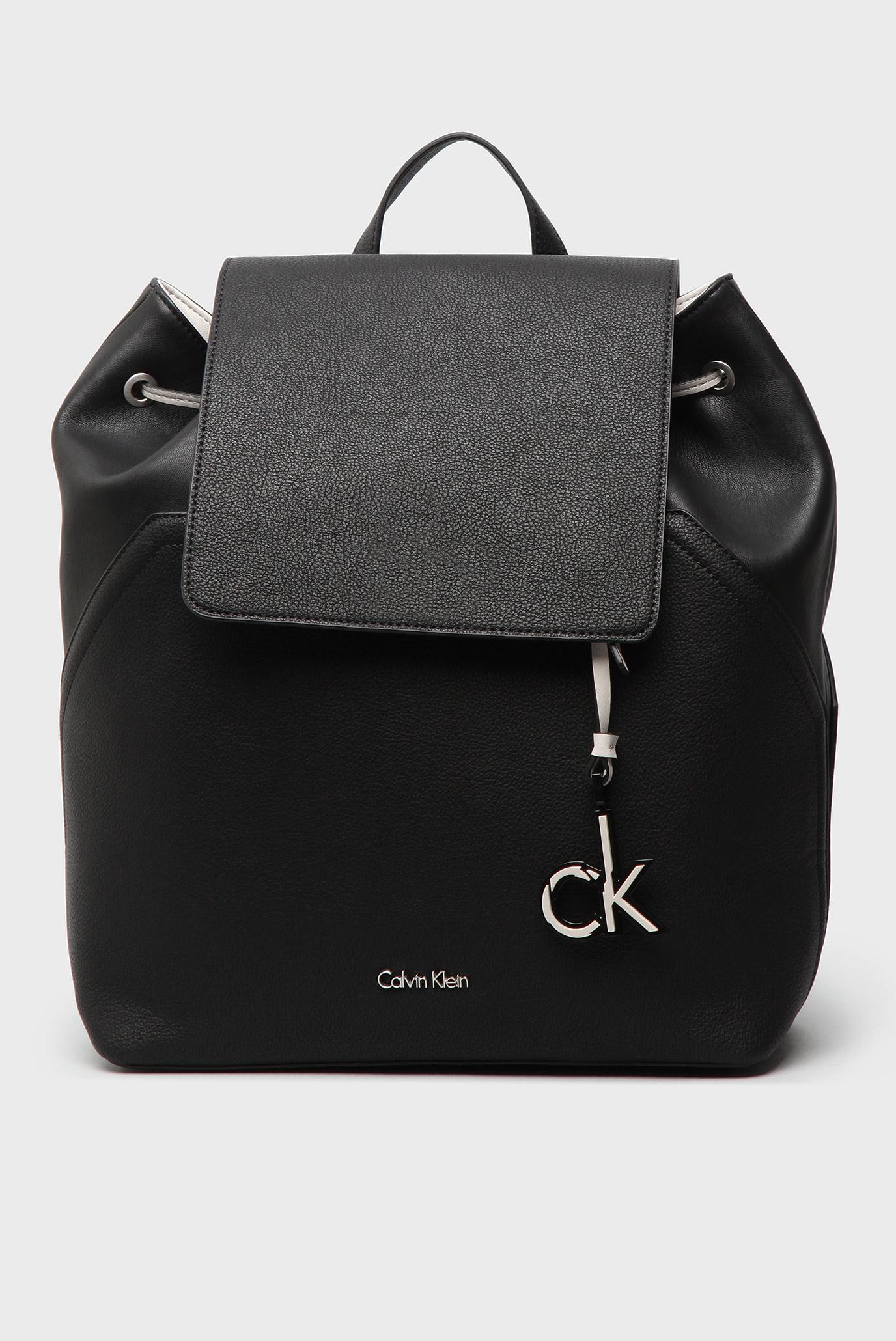 e048b059cd05 Купить Женский черный рюкзак Calvin Klein Calvin Klein K60K602392 – Киев,  Украина. Цены в интернет магазине MD Fashion