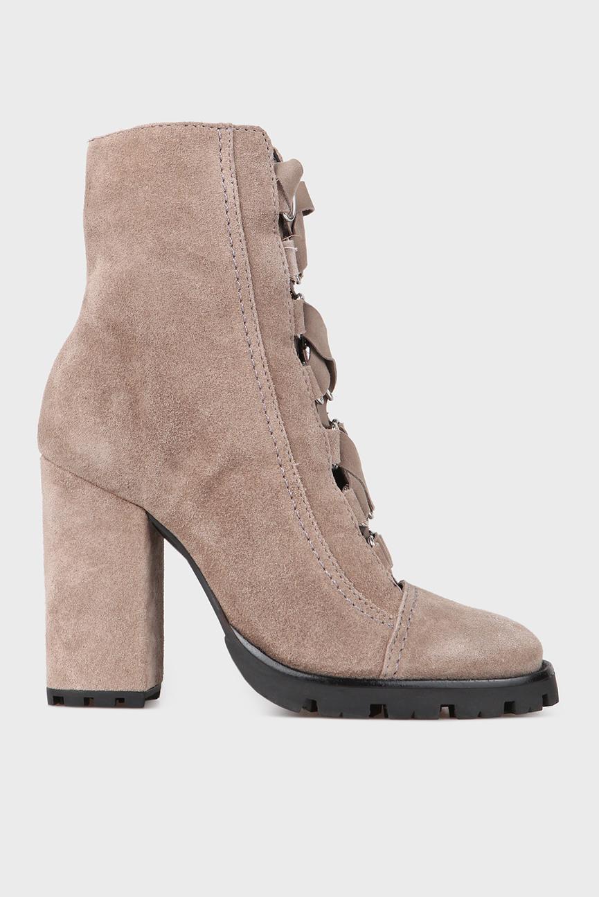 Женские светло-серые замшевые ботинки