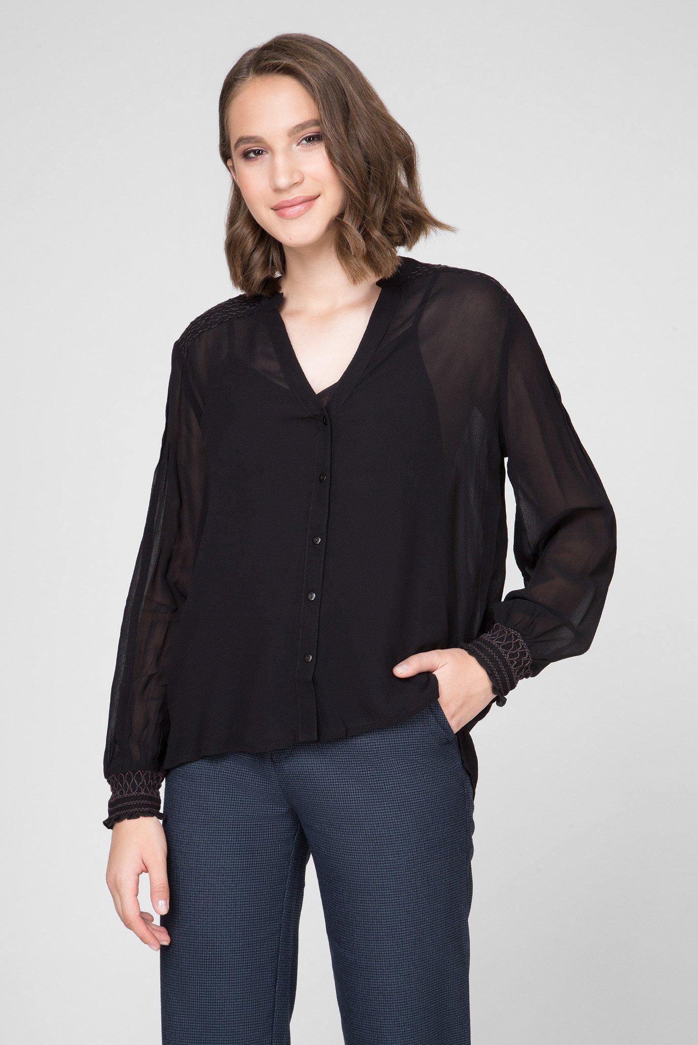 Женская черная блуза WANDA 1