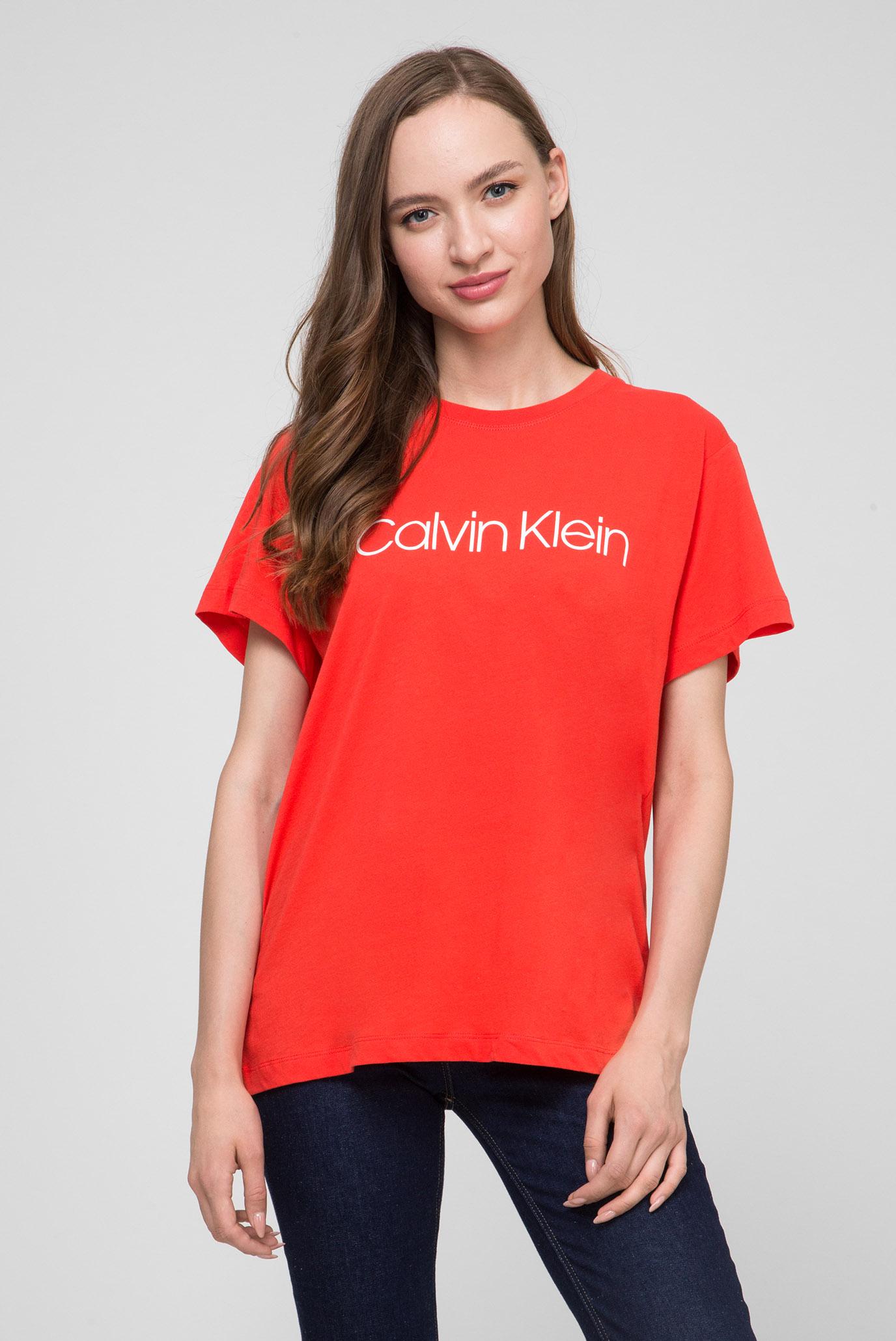 390d56f2521cb Купить Женская красная футболка LOGO PRT T-SHIRT SS Calvin Klein Calvin  Klein K20K200459 – Киев, Украина. Цены в интернет ...