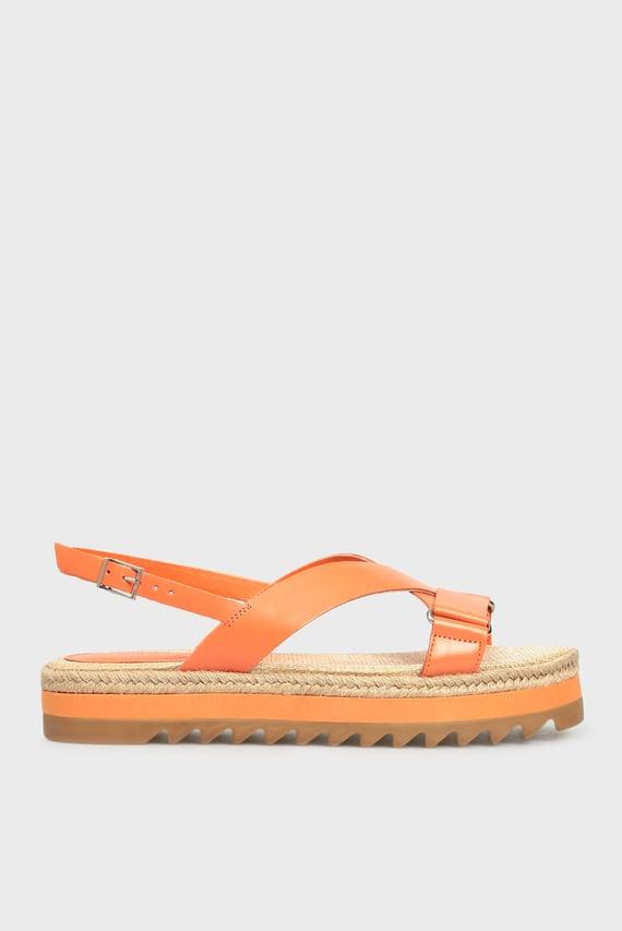 Женские оранжевые кожаные сандалии