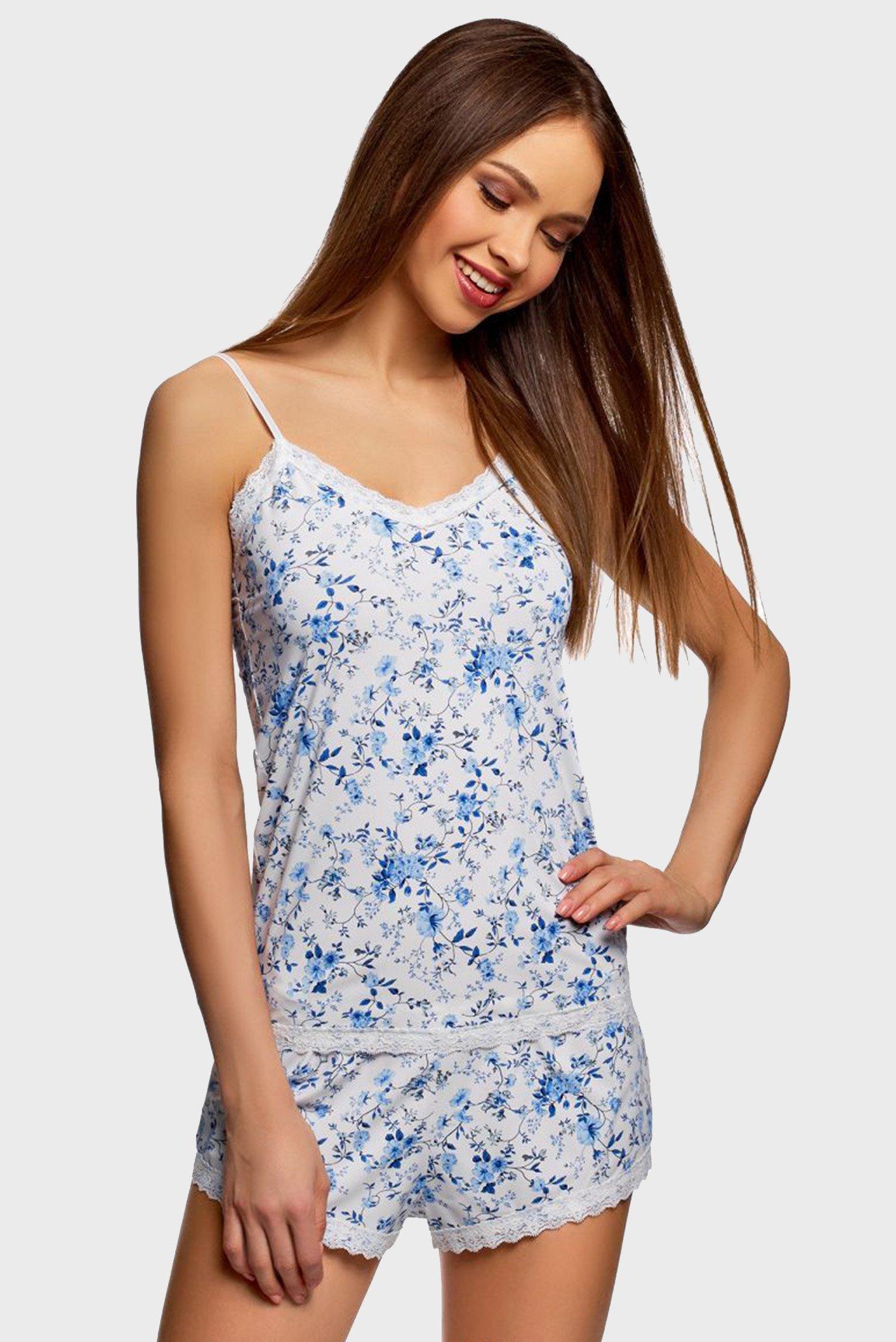 Женская белая пижама (майка, шорты) 1
