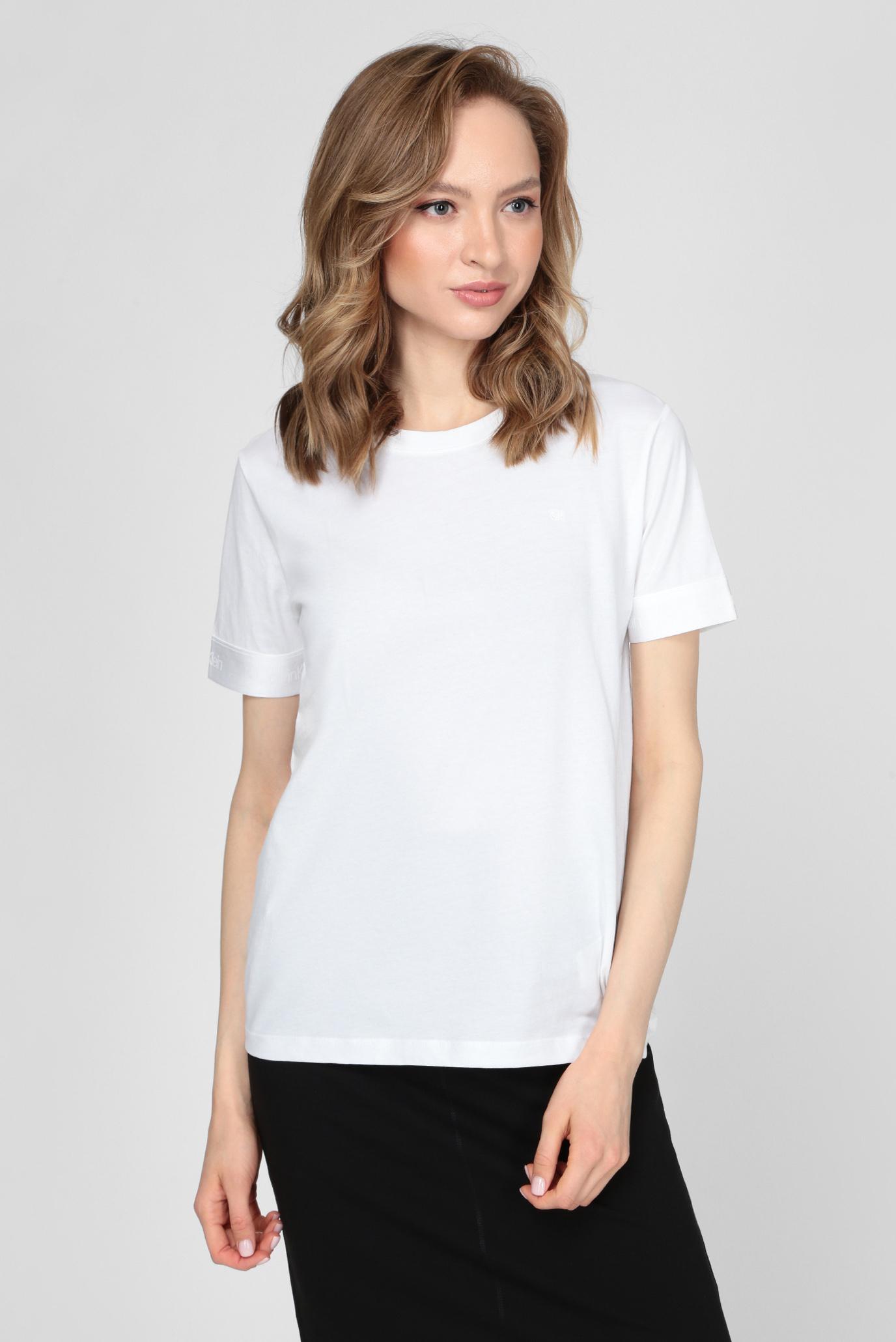 Женская белая футболка ATHLEISURE 1