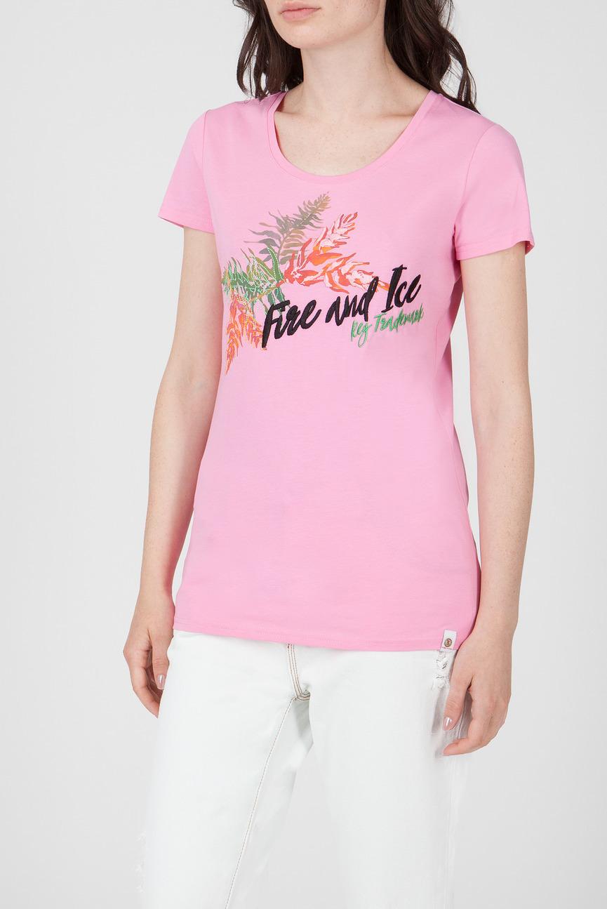 Женская розовая футболка с принтом