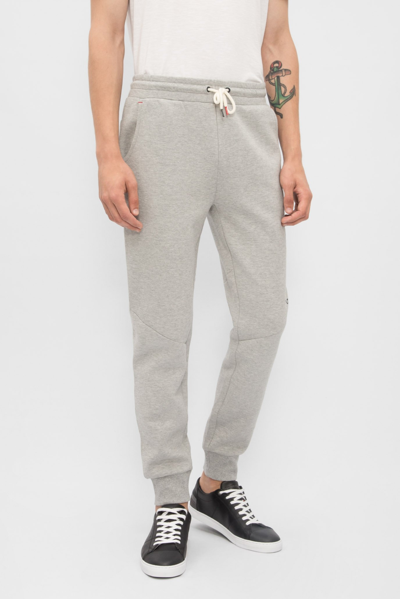 Купить Мужские серые спортивные брюки Tommy Hilfiger Tommy Hilfiger  2S87906314 – Киев, Украина. Цены в интернет магазине ... e2c23a4e2e6
