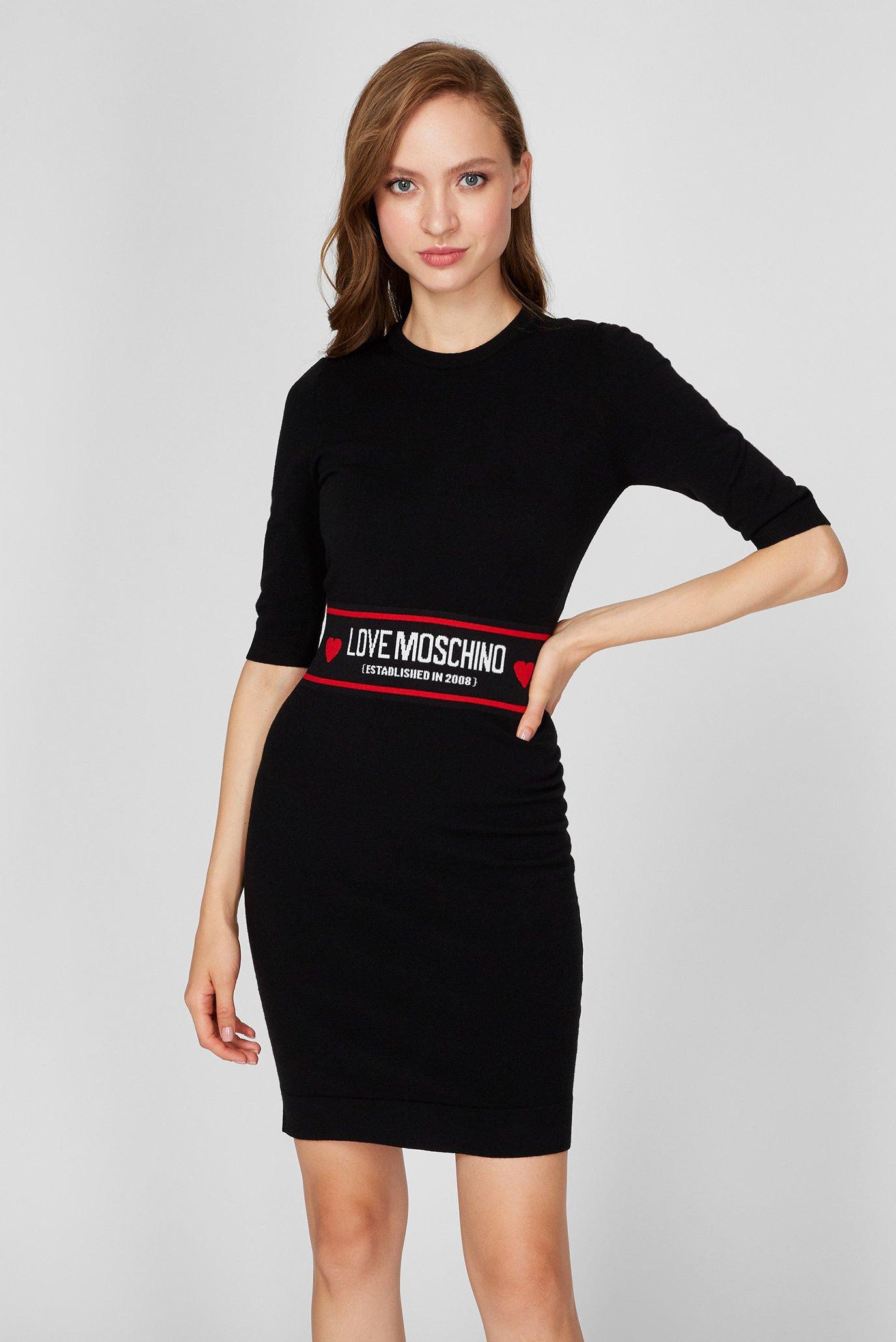Женское черное шерстяное платье 1