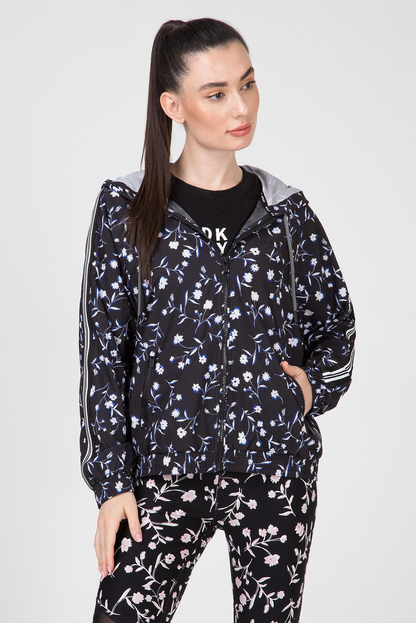 Купить Женская черная ветровка с принтом RAGLAN JKT-TONAL RIB DKNY DKNY DP9J8456 – Киев, Украина. Цены в интернет магазине MD Fashion