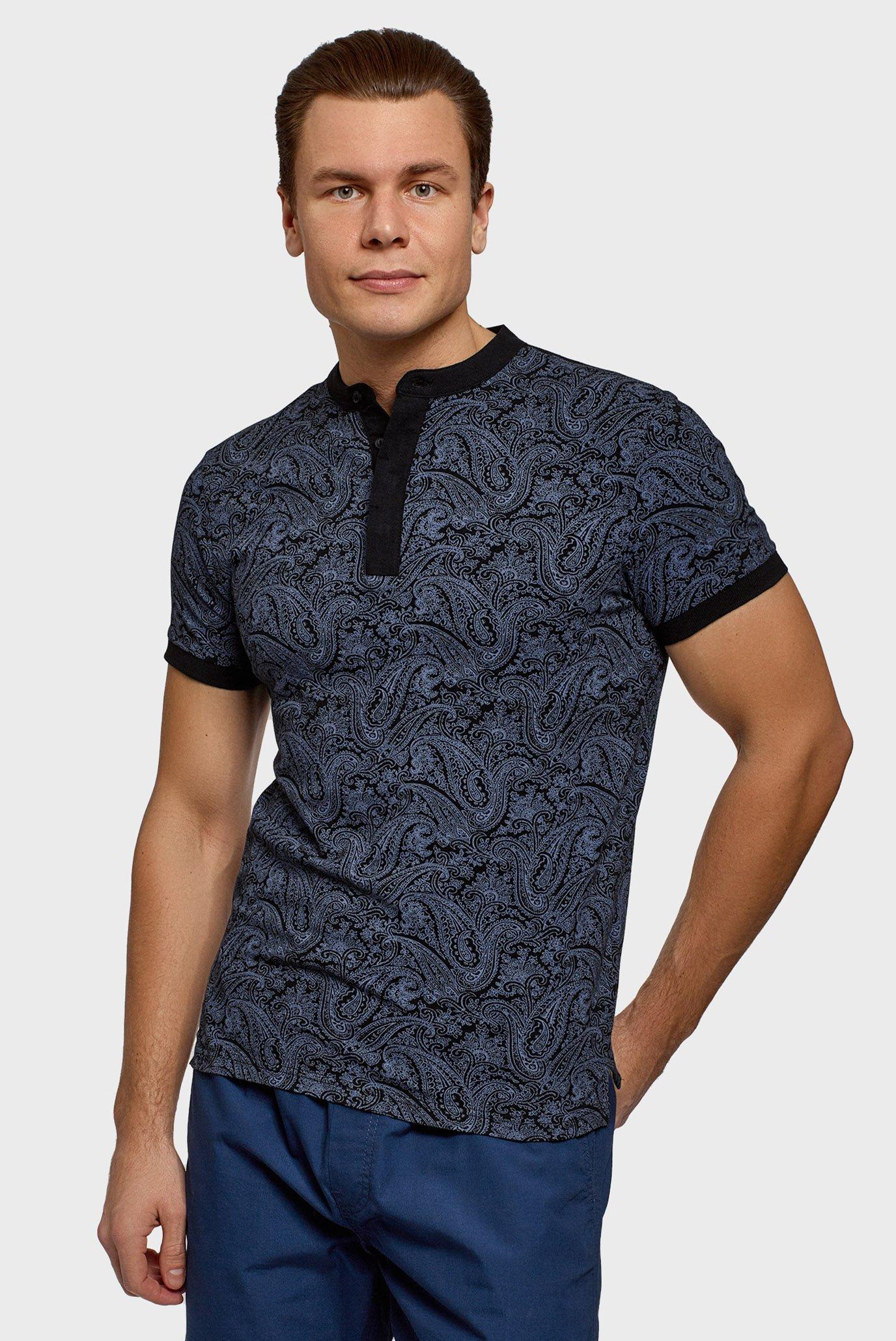 Чоловіча футболка з візерунком 1