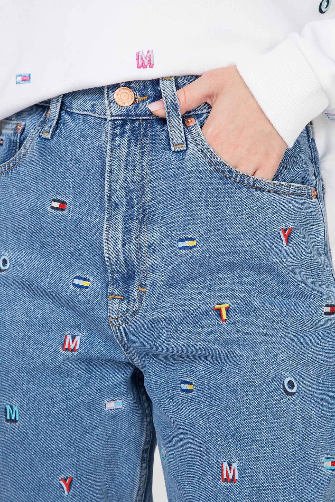 Купить Женские голубые джинсы HIGH RISE TAPERED TJ 2004  GRTLB Tommy Hilfiger Tommy Hilfiger DW0DW06429 – Киев, Украина. Цены в интернет магазине MD Fashion
