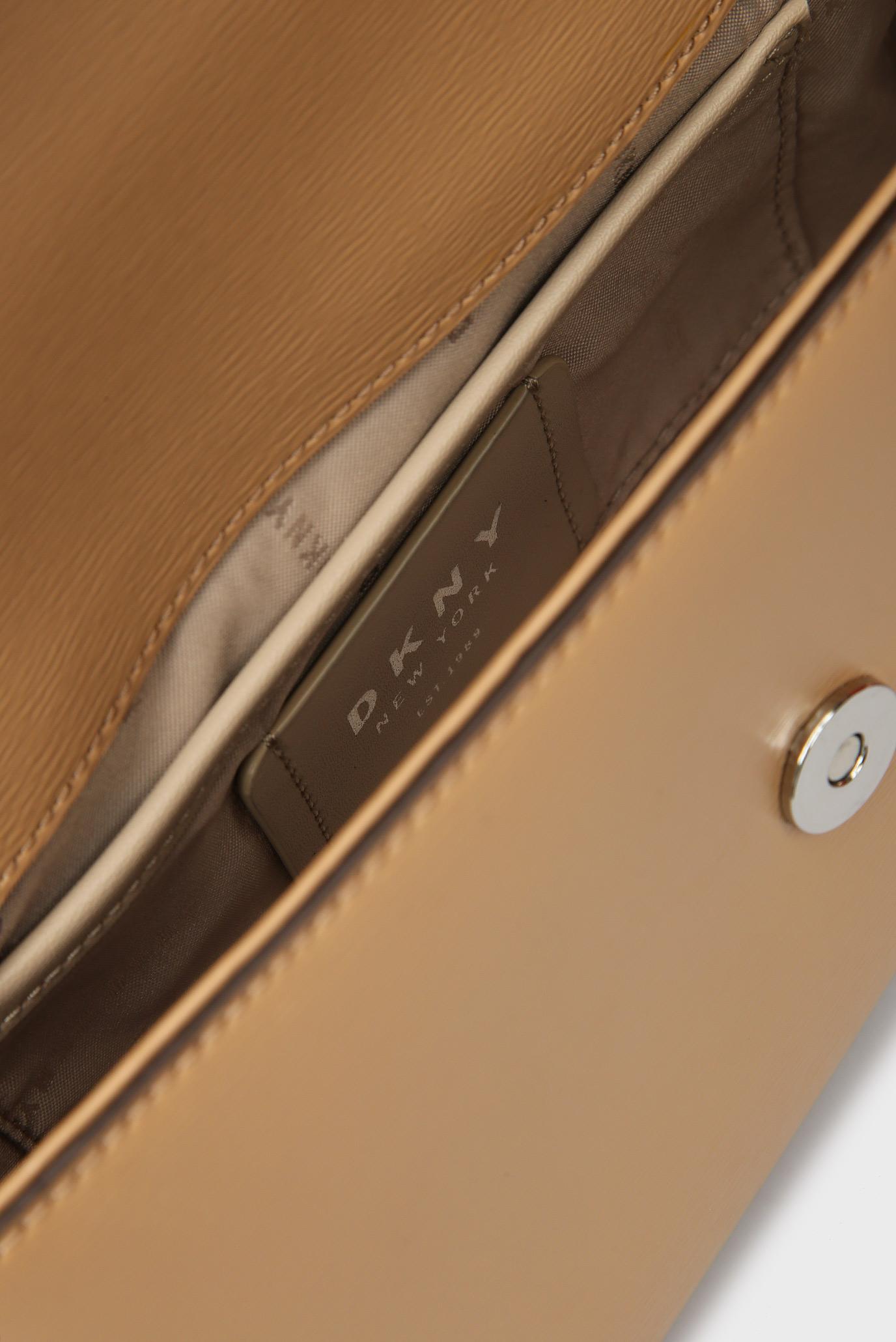 f56c006be670 Купить Женская бежевая сумка через плечо BRYANT-MD DKNY DKNY R82E3467 – Киев,  Украина. Цены в интернет ...