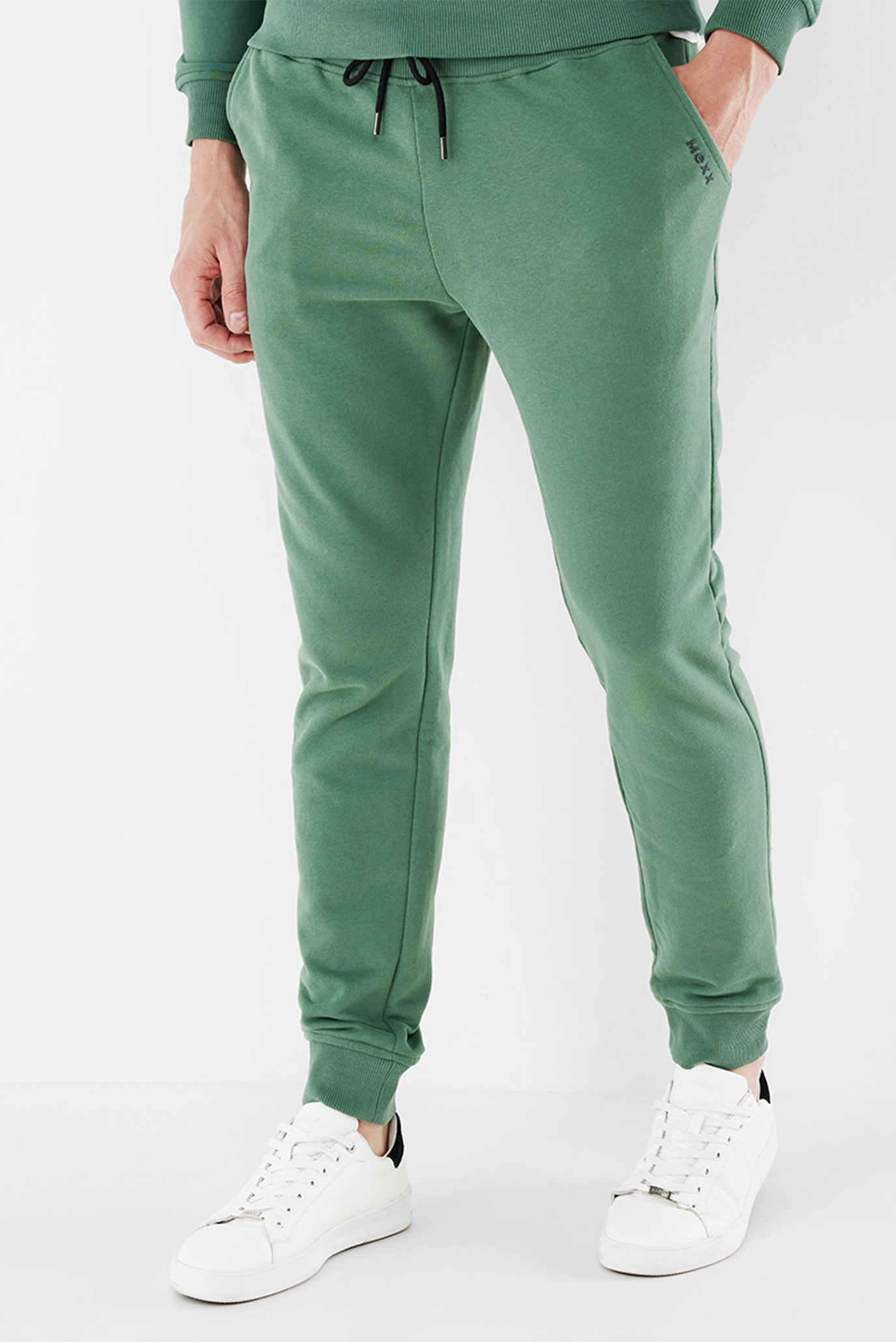 Мужские зеленые спортивные брюки 1