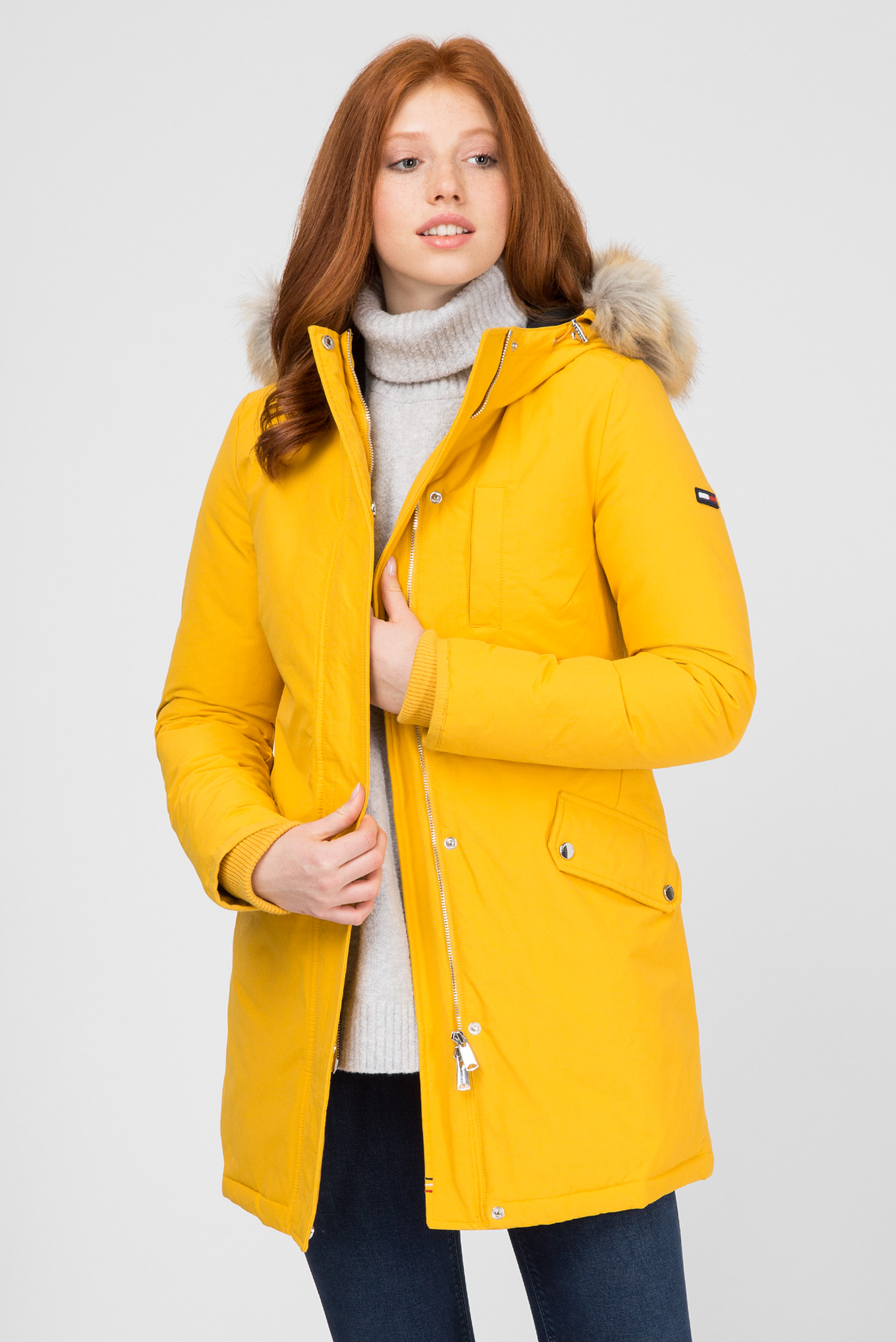 Купить Женская желтая пуховая парка Tommy Hilfiger Tommy Hilfiger DW0DW05165 – Киев, Украина. Цены в интернет магазине MD Fashion