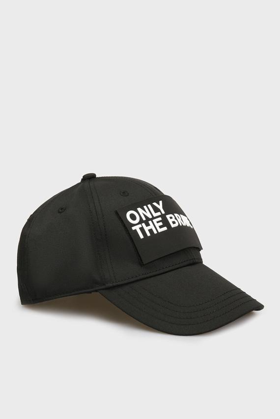 Черная кепка CALBRE