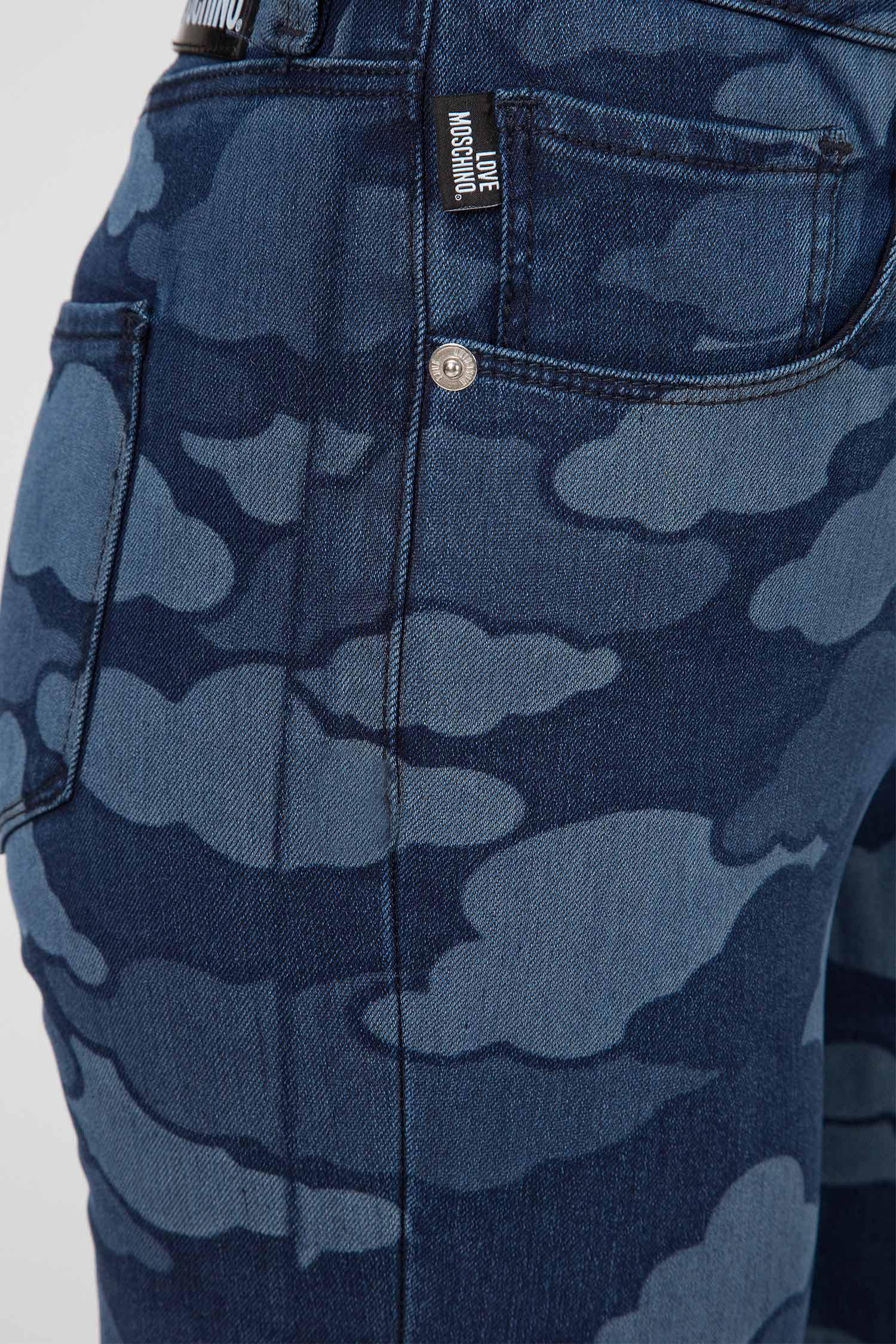 Женские синие джинсы с принтом Love Moschino