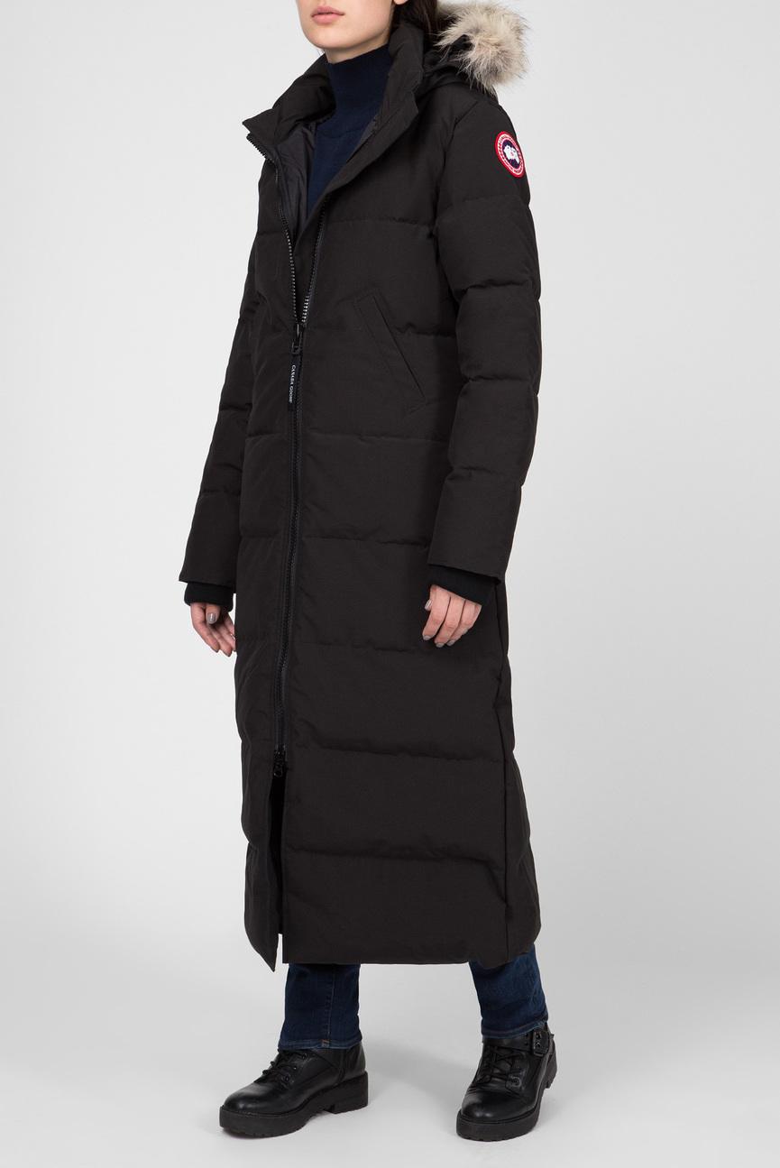 Женское черное пуховое пальто