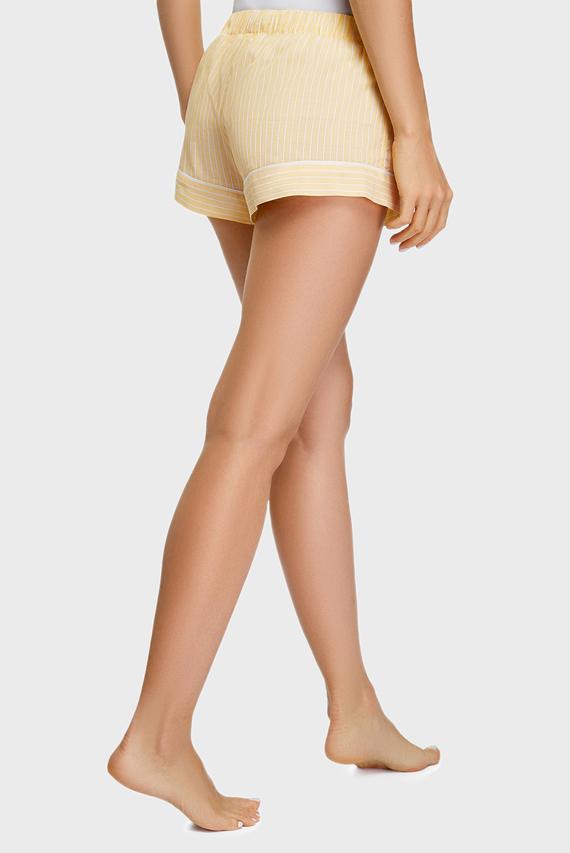 Женские желтые шорты