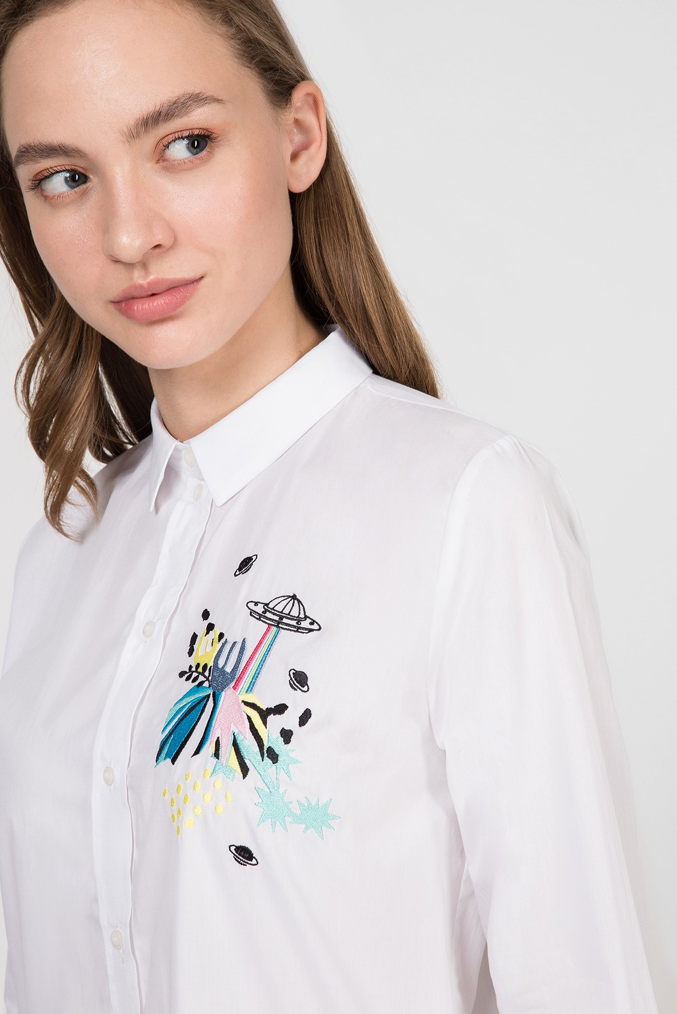 Купить Женская белая рубашка Trussardi Jeans Trussardi Jeans 56C00167-1T002287 – Киев, Украина. Цены в интернет магазине MD Fashion