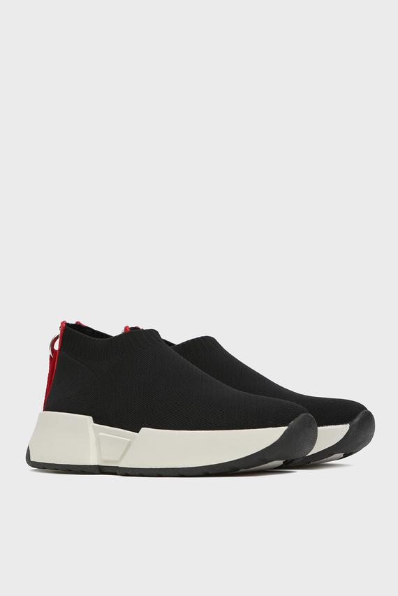 Женские черные кроссовки Marcel