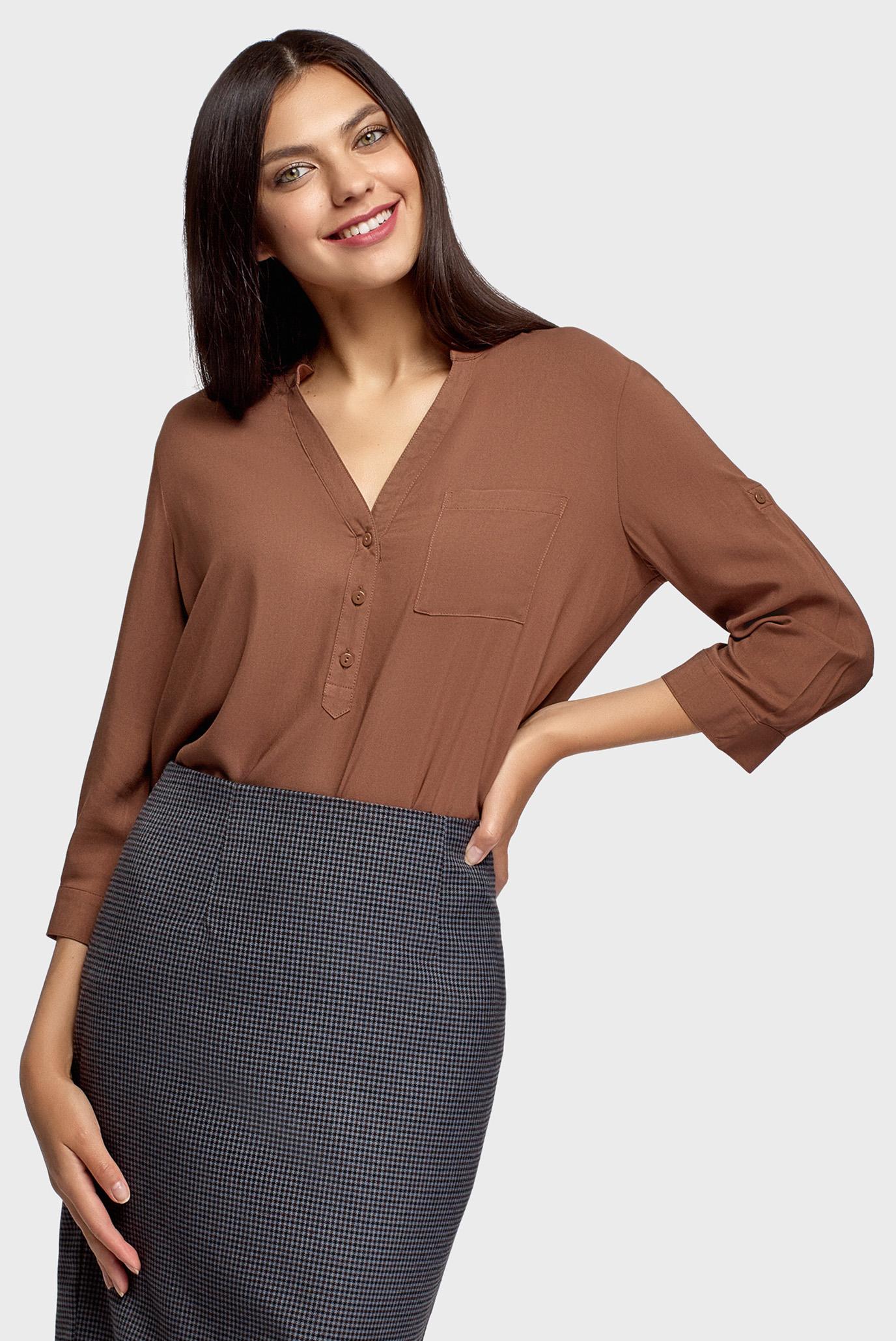 Женская коричневая блуза 1