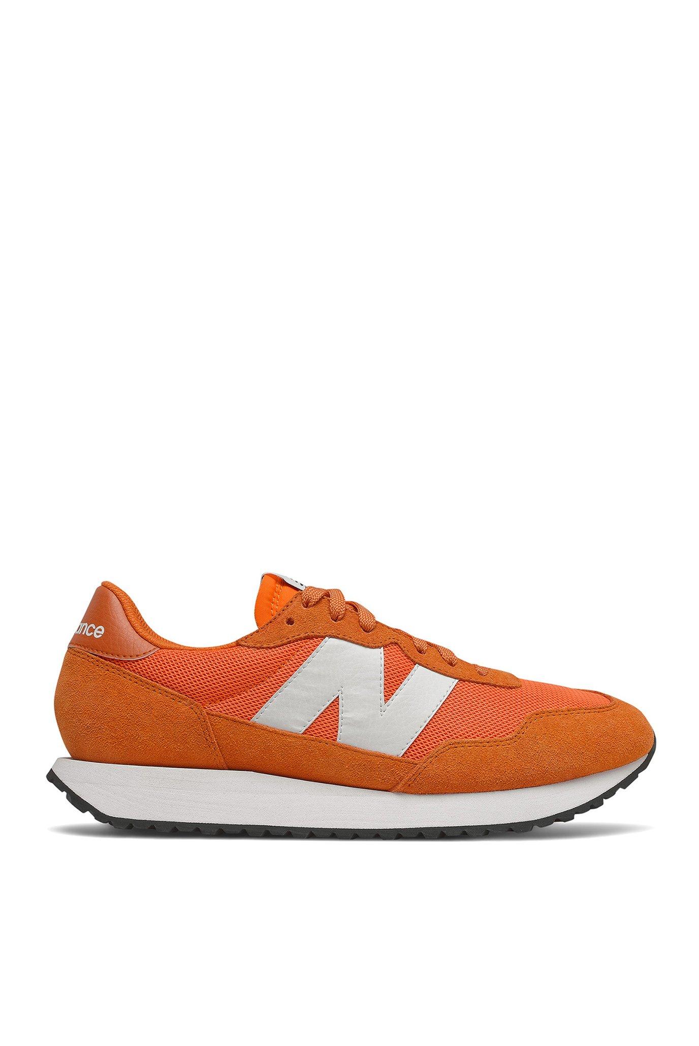 Мужские оранжевые кроссовки 237 1