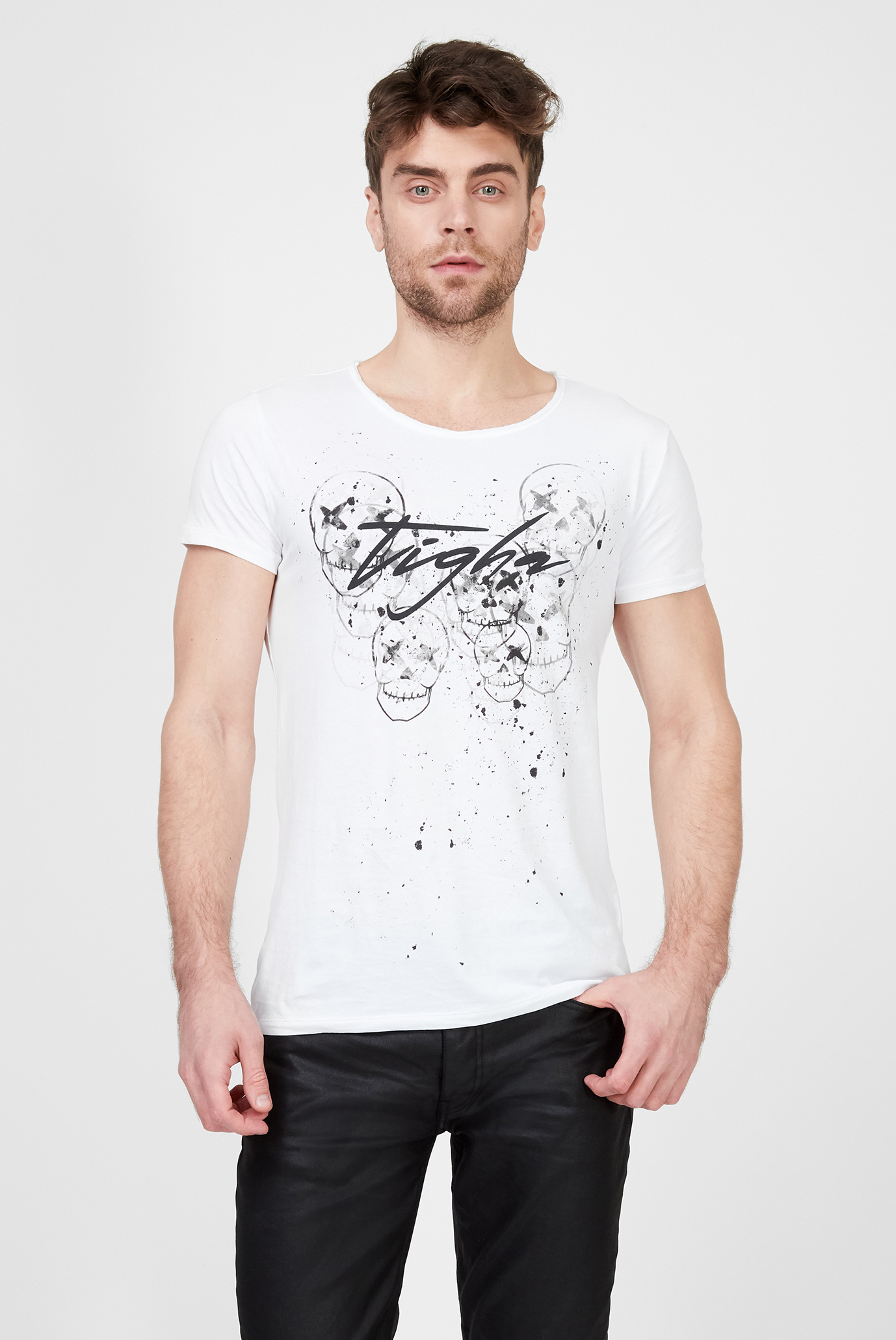 Мужская белая футболка с принтом Stamps Wren Tigha