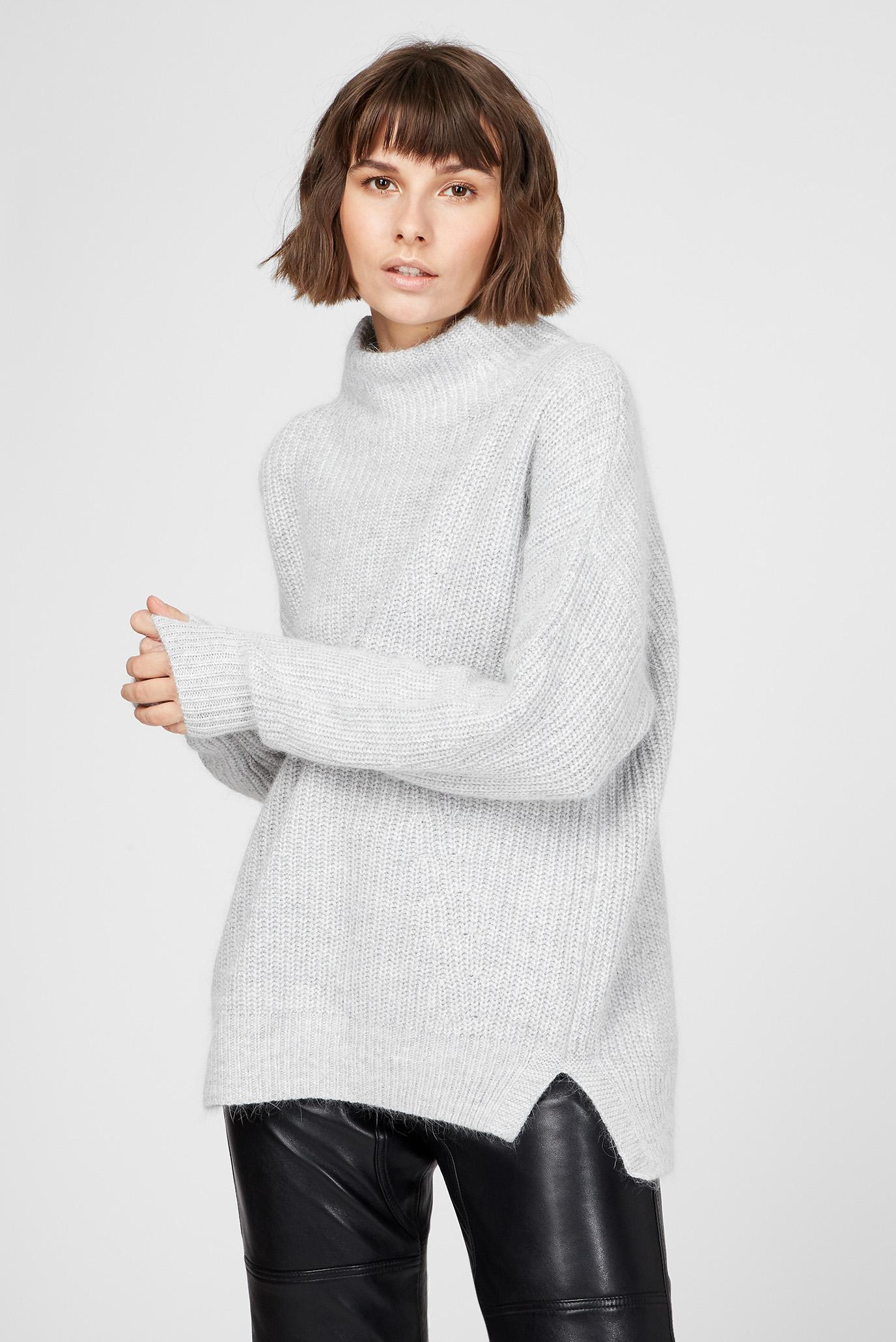 Женский серый свитер 1