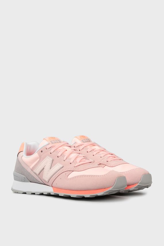 Женские розовые кроссовки  996